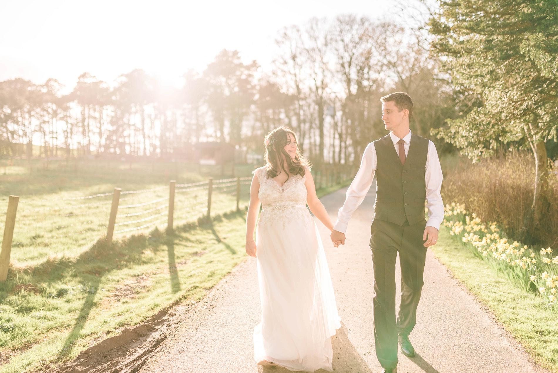 A Boho Wedding at Woodhill Hall (c) Matt Ethan (102)