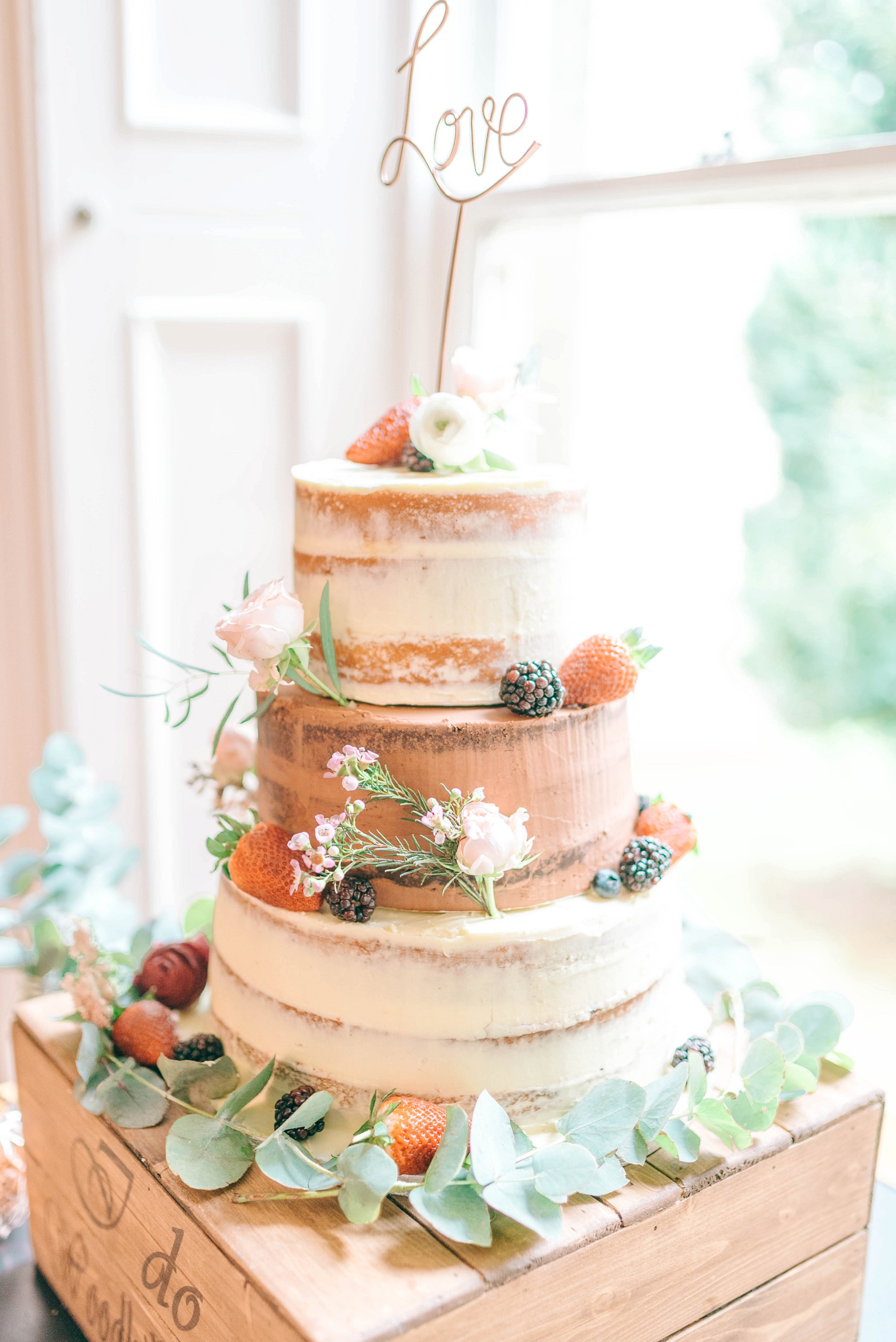 A Boho Wedding at Woodhill Hall (c) Matt Ethan (44)