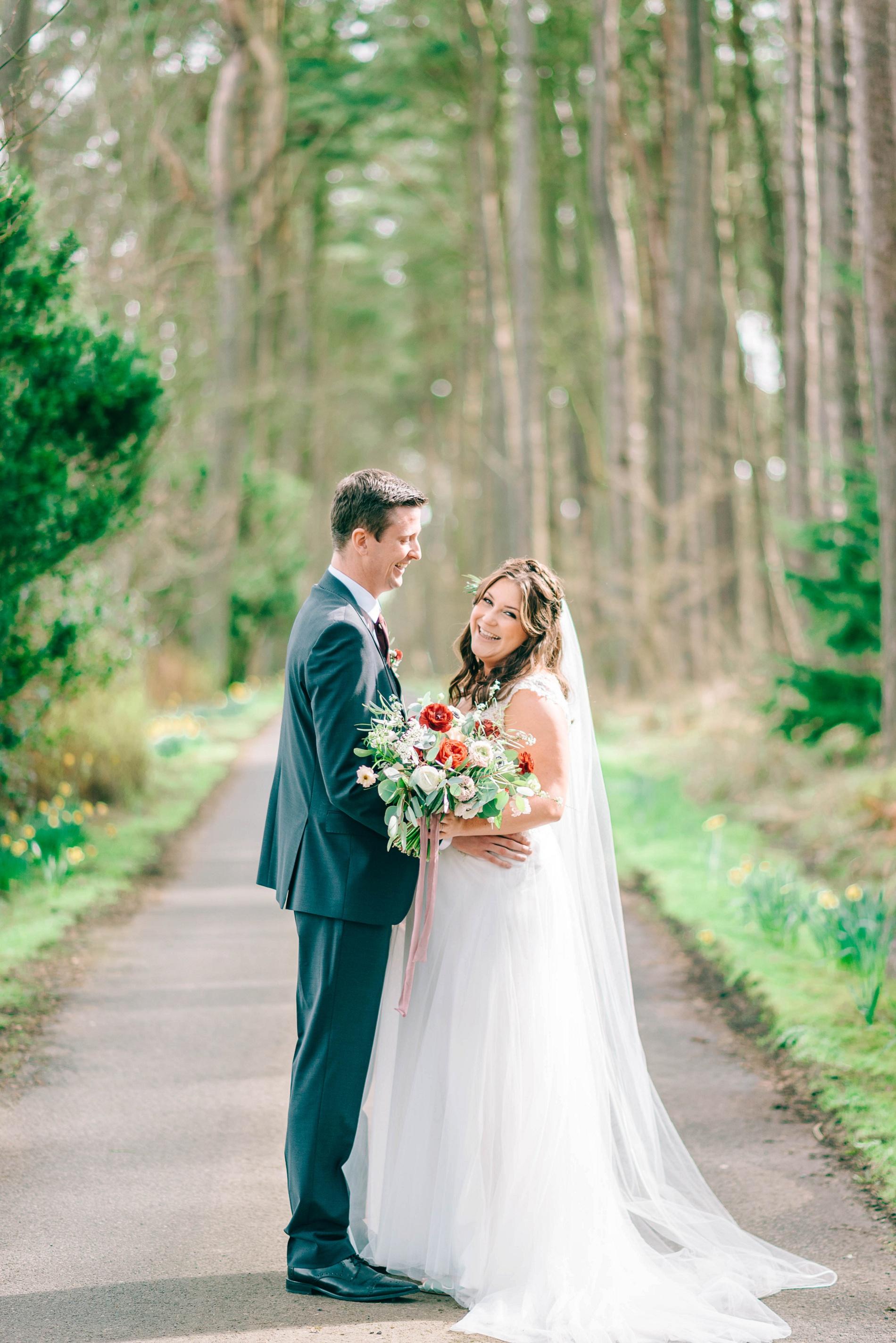 A Boho Wedding at Woodhill Hall (c) Matt Ethan (45)