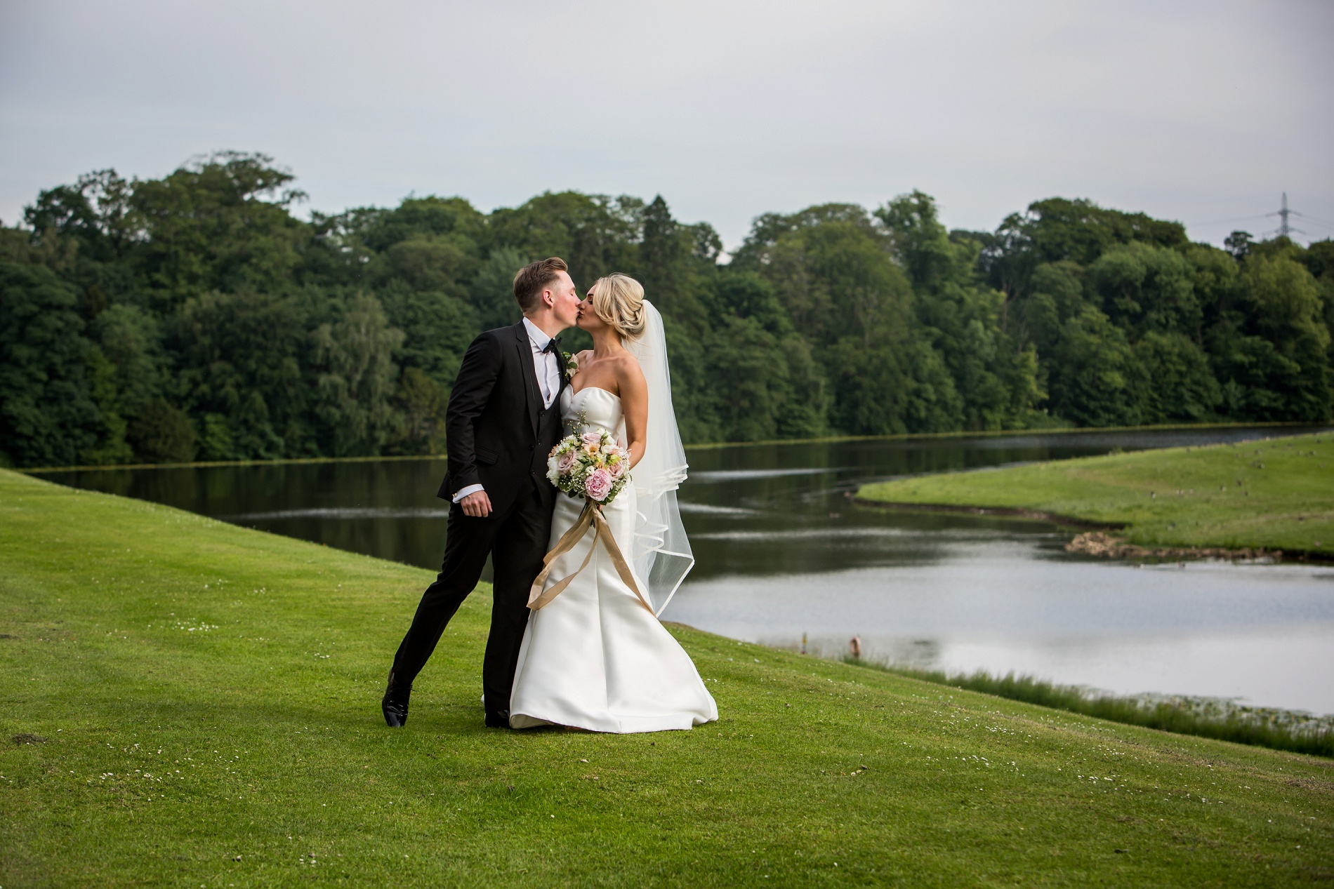 An Elegant Wedding at Wynyard Hall (c) Focal Point Photography (27)
