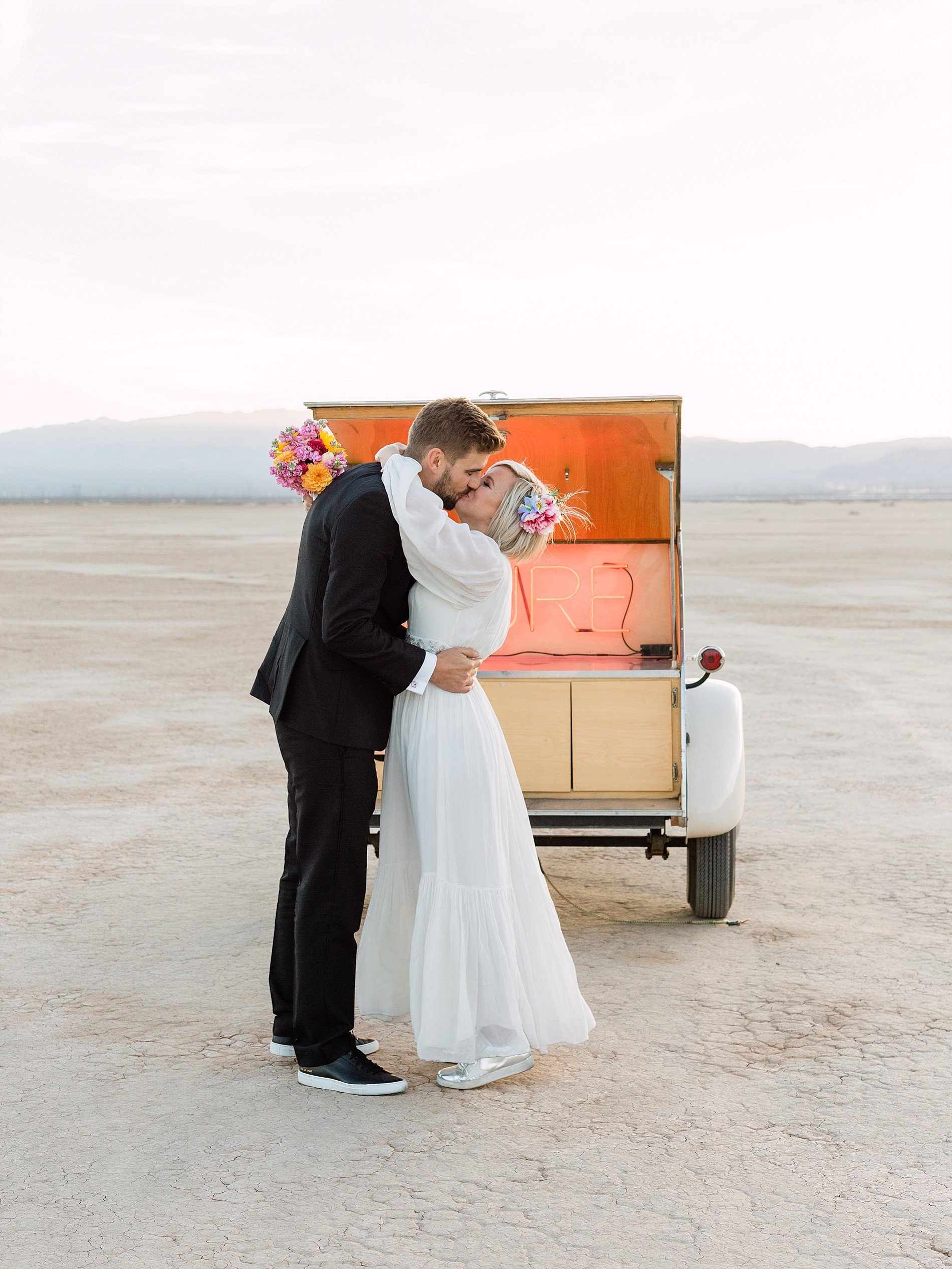 A Cool Wedding in Vegas (c) Gaby J Photography (37)