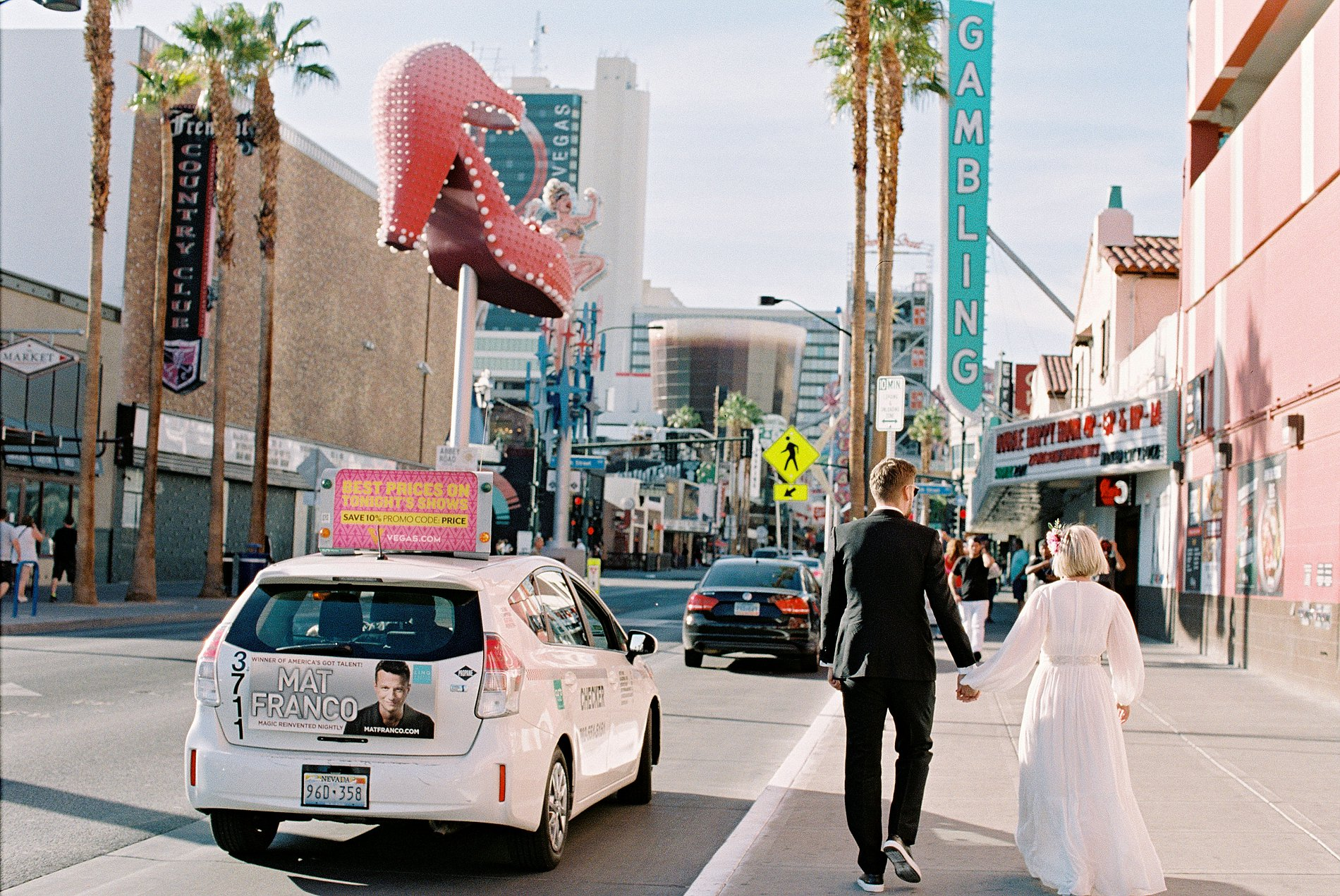 A Cool Wedding in Vegas (c) Gaby J Photography (5)