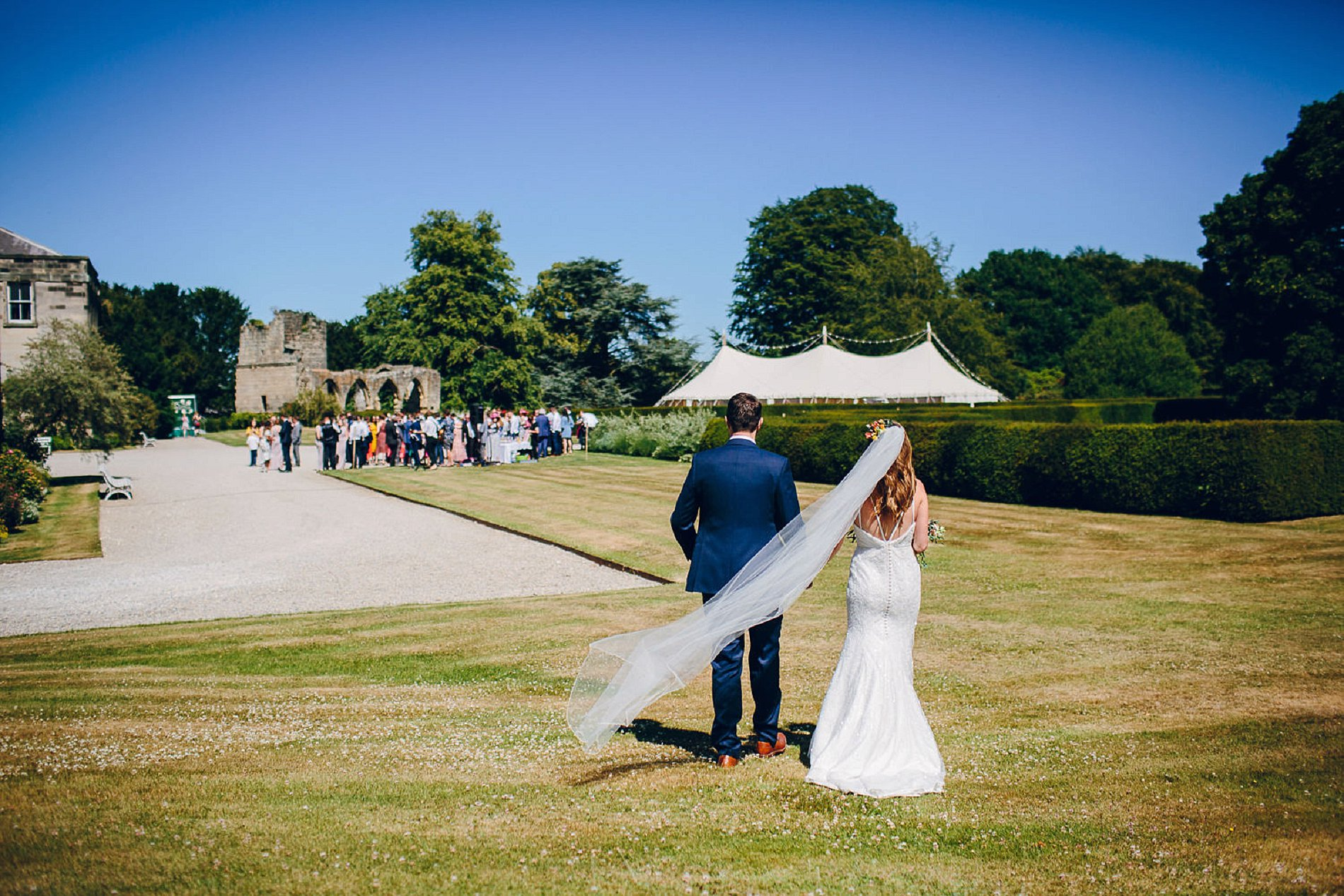 A Colourful Wedding at Birdsall House (c) Amy B Photography (23)