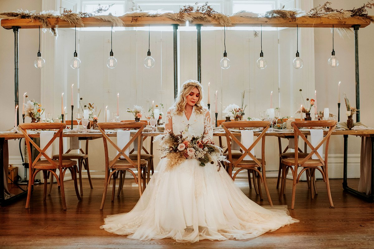 An ethereal bridal editorial at Hirst Priory (c) Tiptoe by Eve Photography (18)