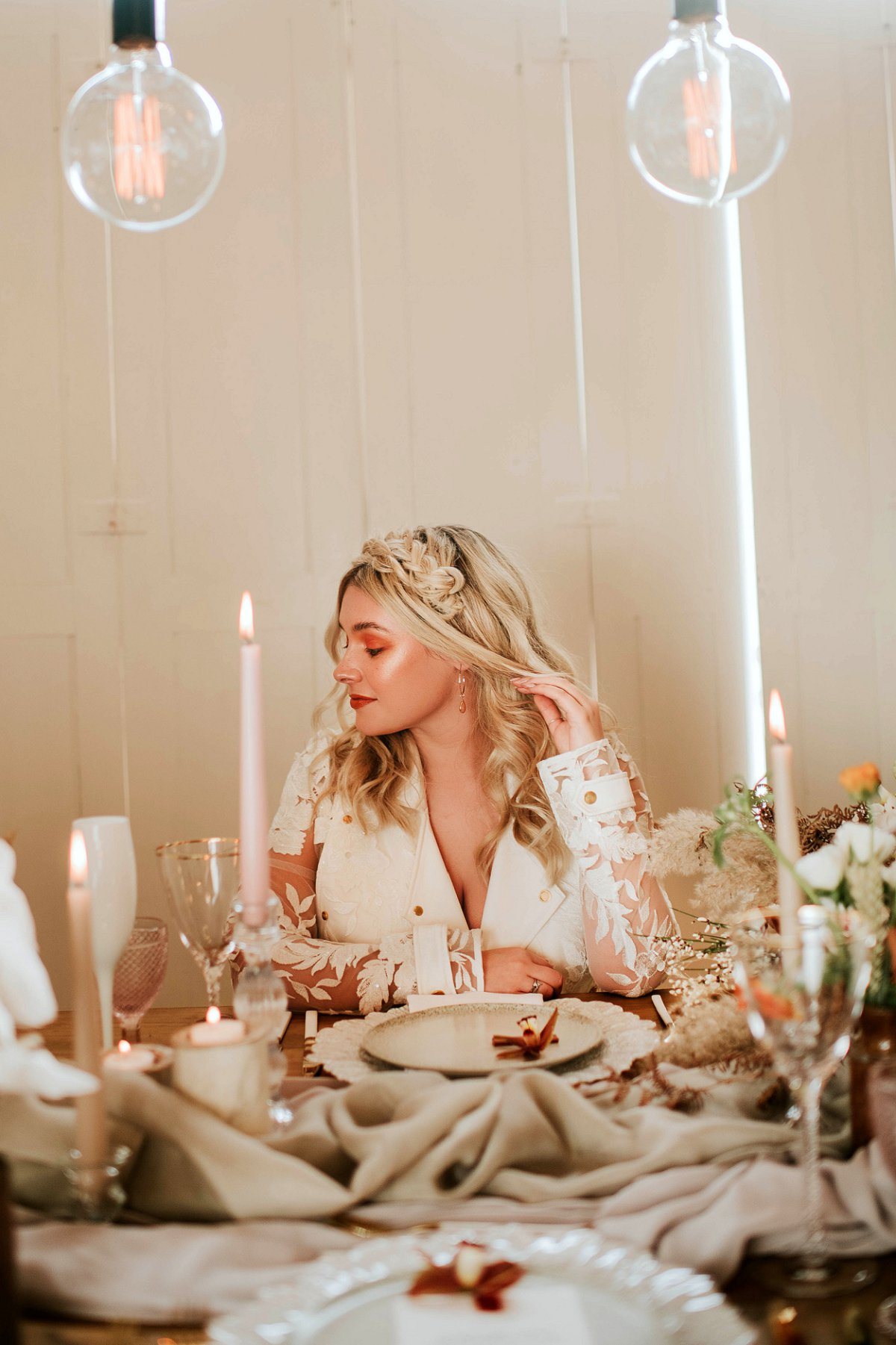 An ethereal bridal editorial at Hirst Priory (c) Tiptoe by Eve Photography (30)