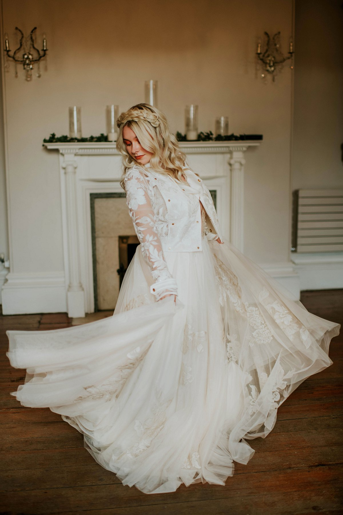 An ethereal bridal editorial at Hirst Priory (c) Tiptoe by Eve Photography (42)