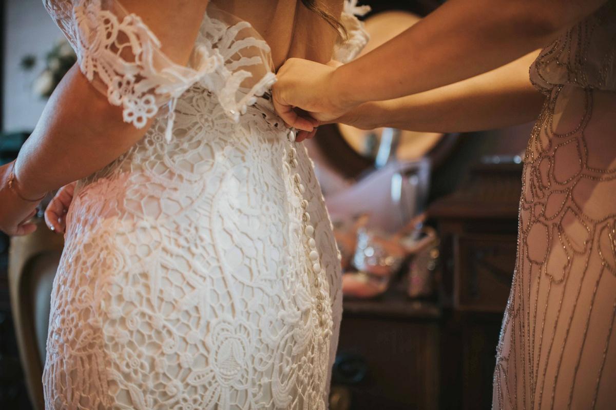 A White Wedding at Charlton Hall (c) Dan Clark Photography (26)