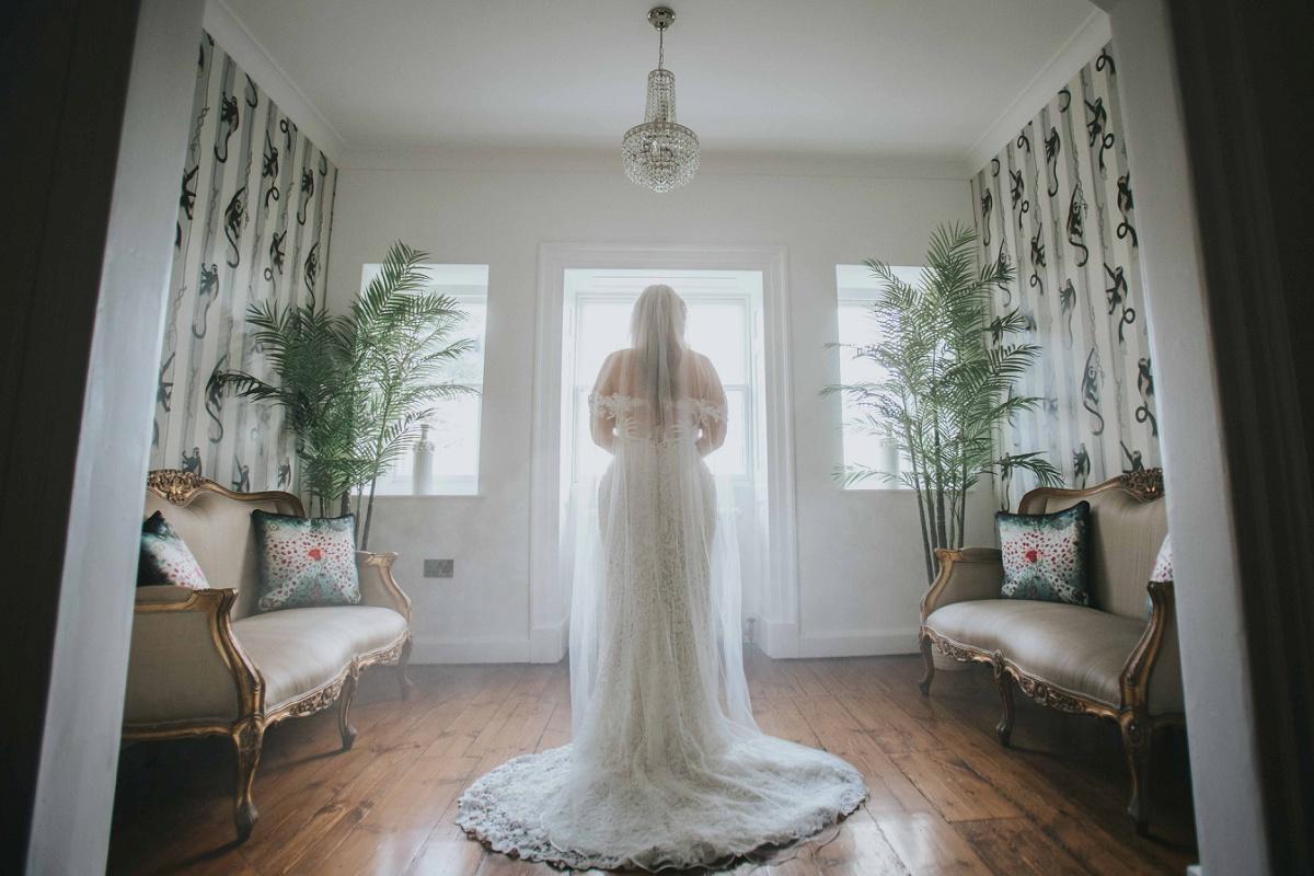 A White Wedding at Charlton Hall (c) Dan Clark Photography (31)