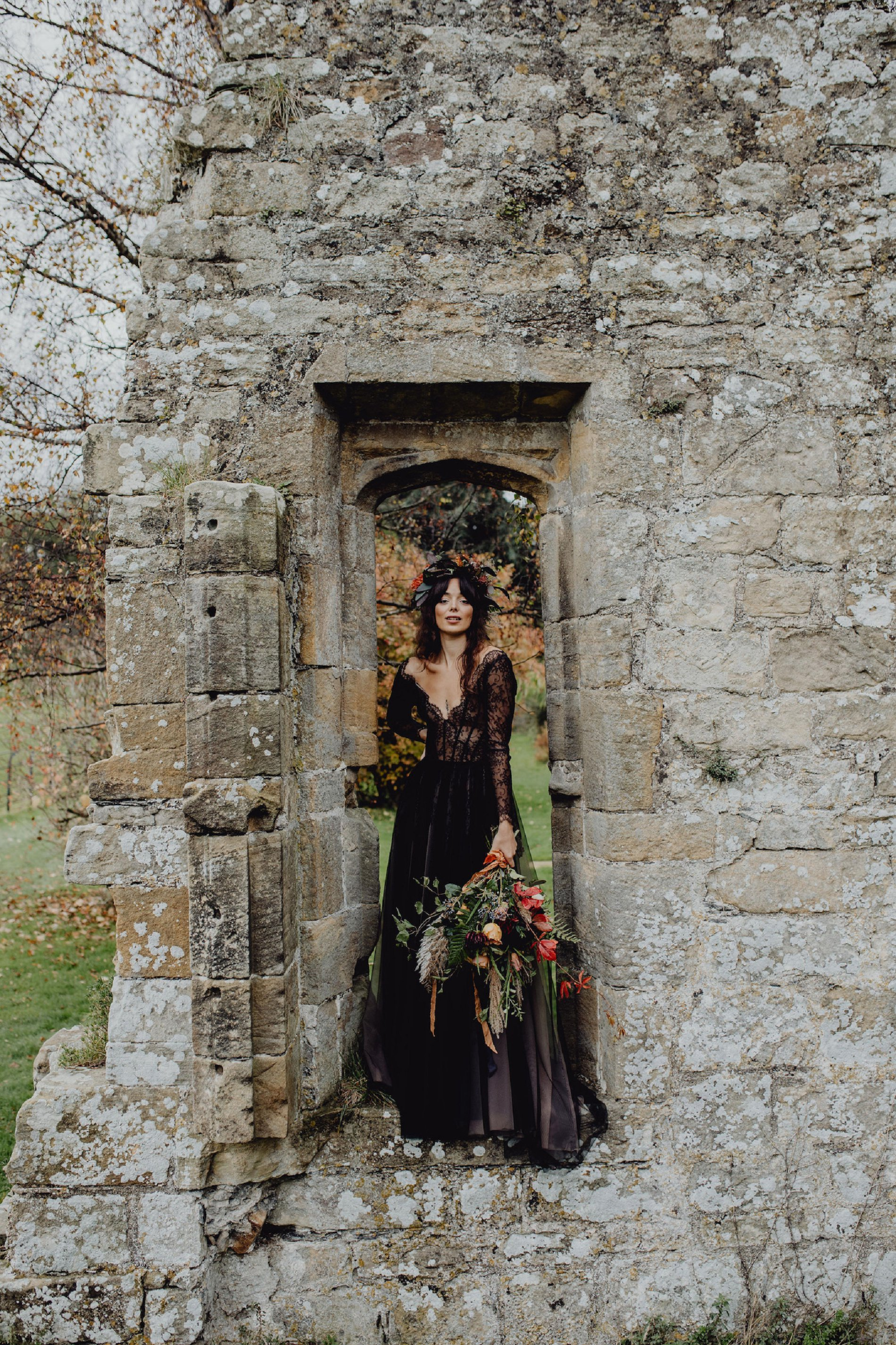 A Dark Romantic Wedding Shoot at Jervaulx Abbey (c) Emilia Kate Photography (27)