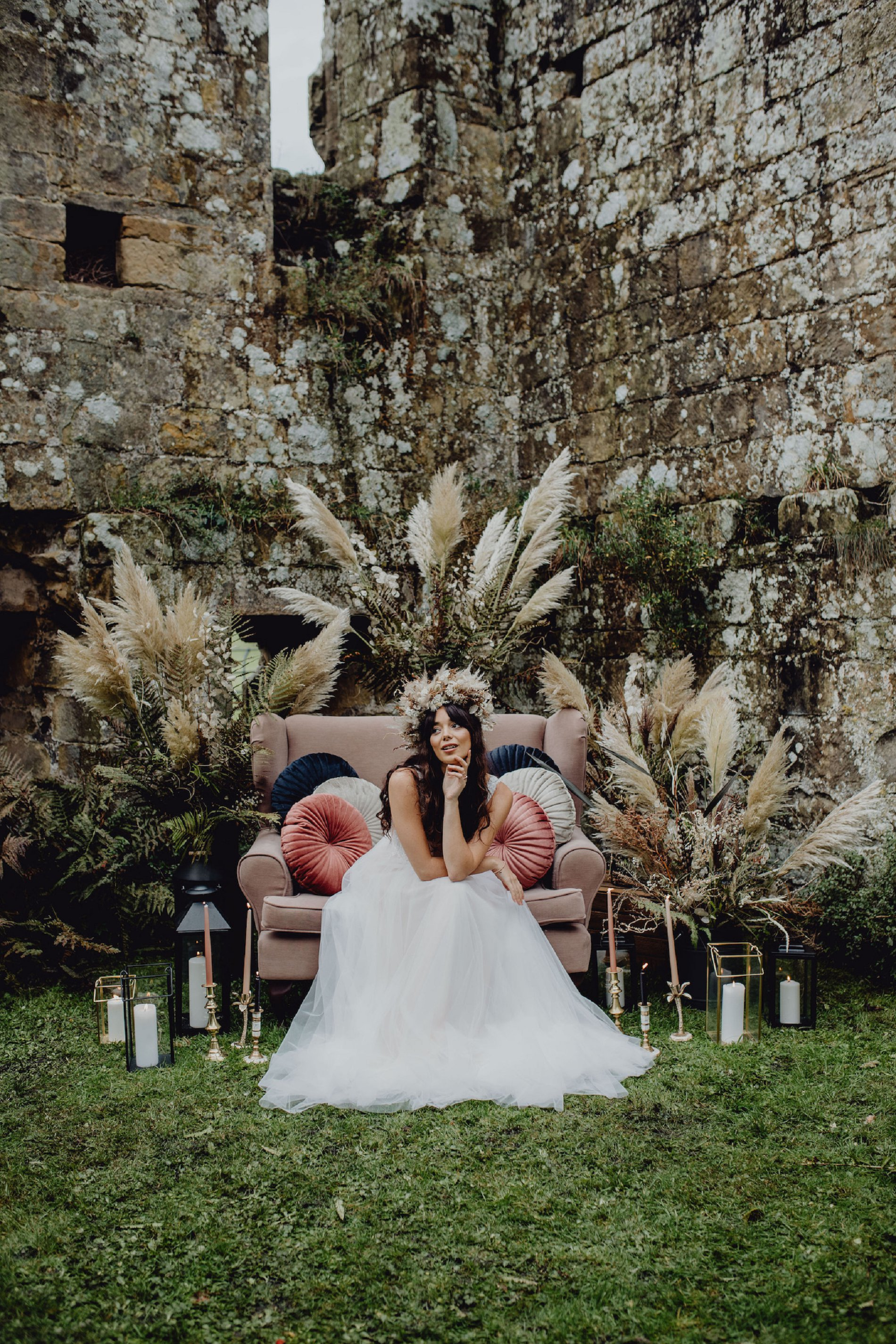 A Dark Romantic Wedding Shoot at Jervaulx Abbey (c) Emilia Kate Photography (3)