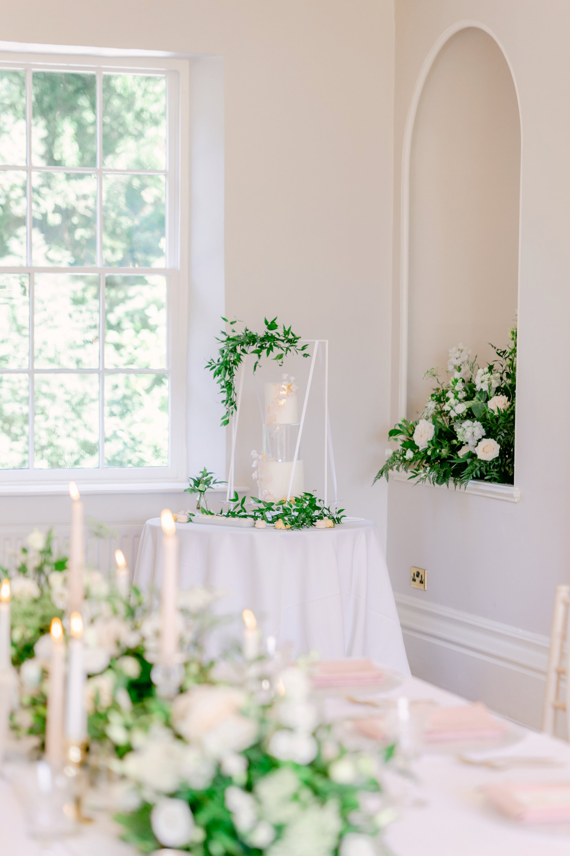 An Elegant UNVEILED Network wedding shoot at Hirst Priory (c) Ailsa Reeve Photography (16)