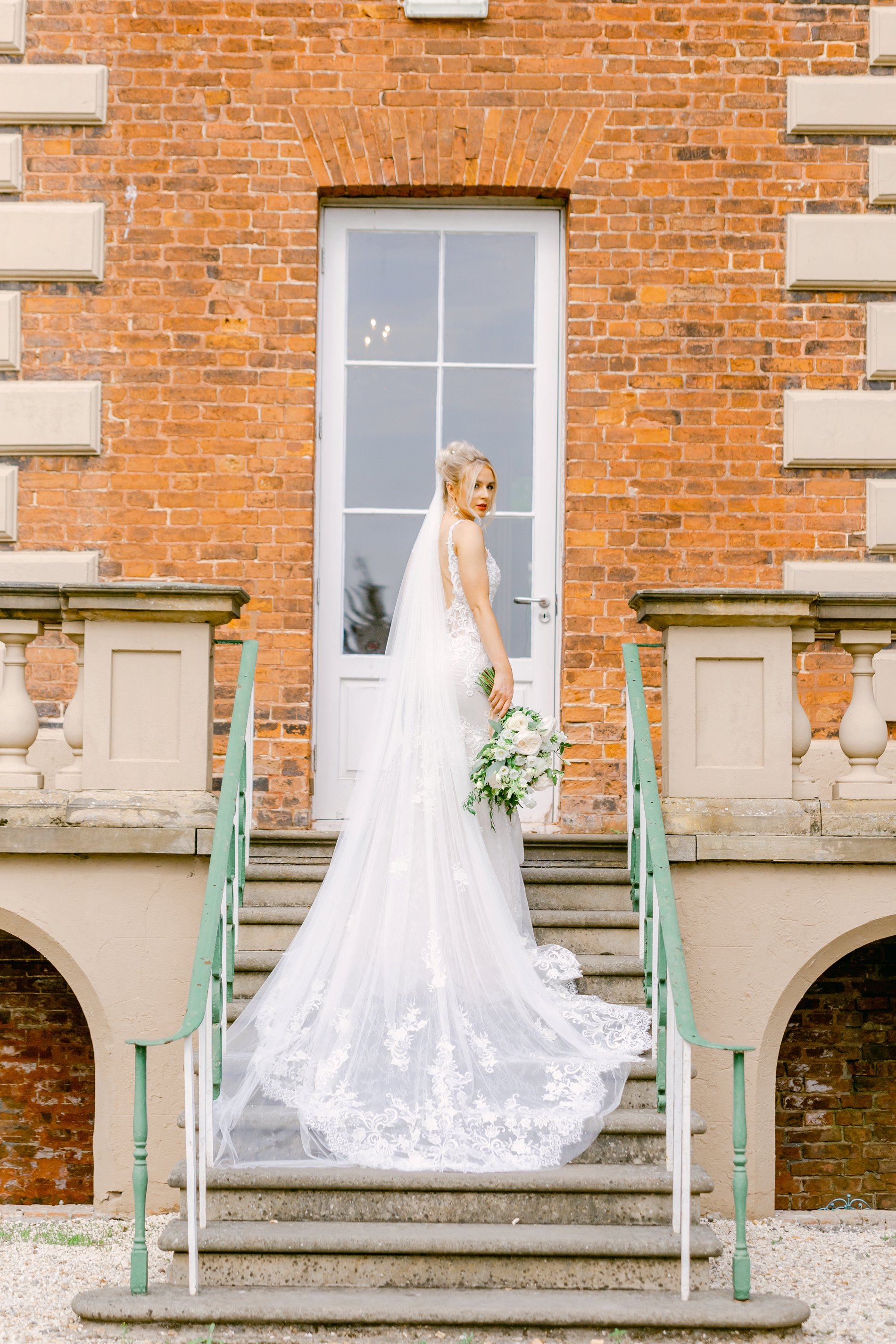 An Elegant UNVEILED Network wedding shoot at Hirst Priory (c) Ailsa Reeve Photography (36)