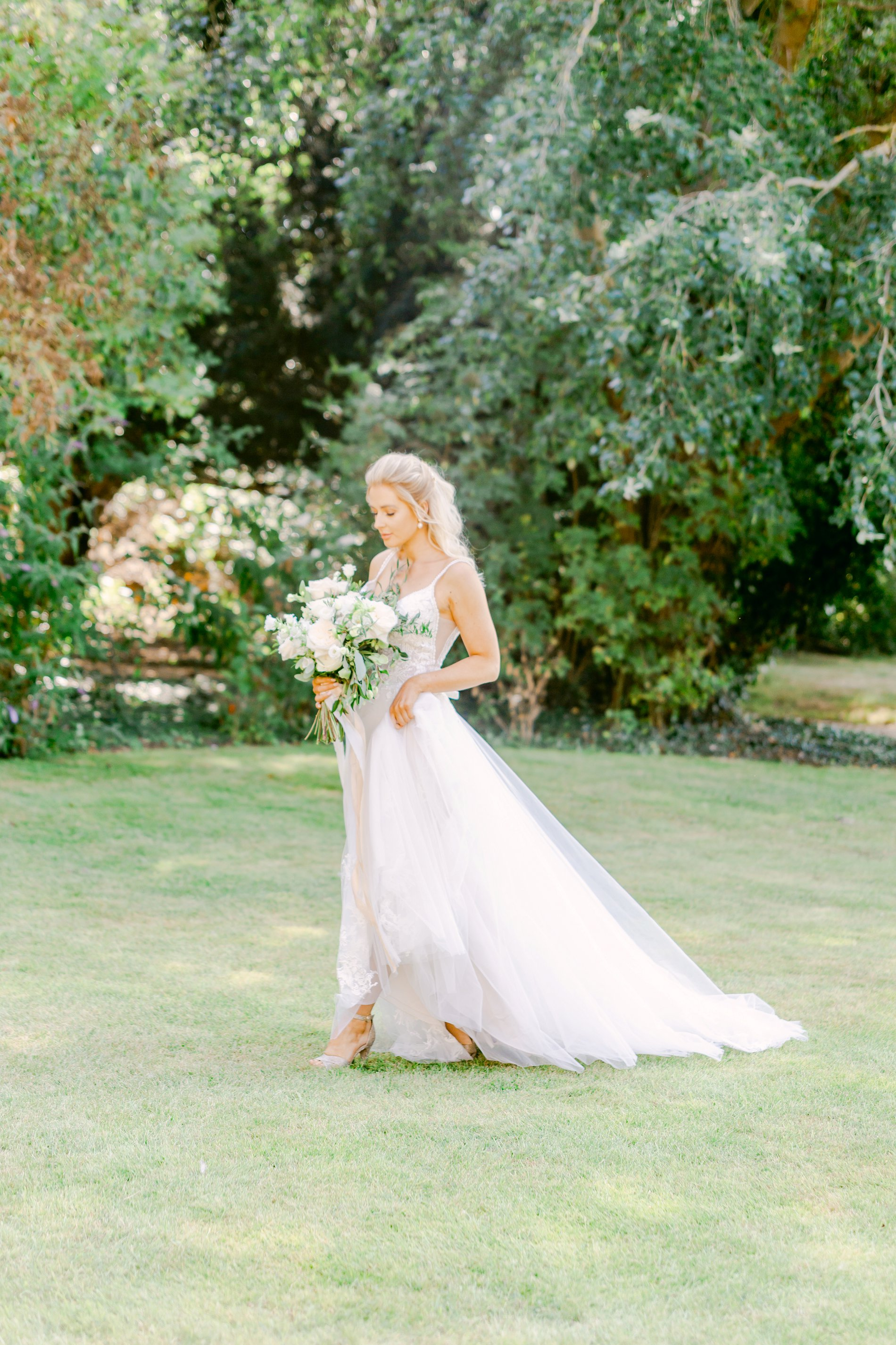 An Elegant UNVEILED Network wedding shoot at Hirst Priory (c) Ailsa Reeve Photography (9)