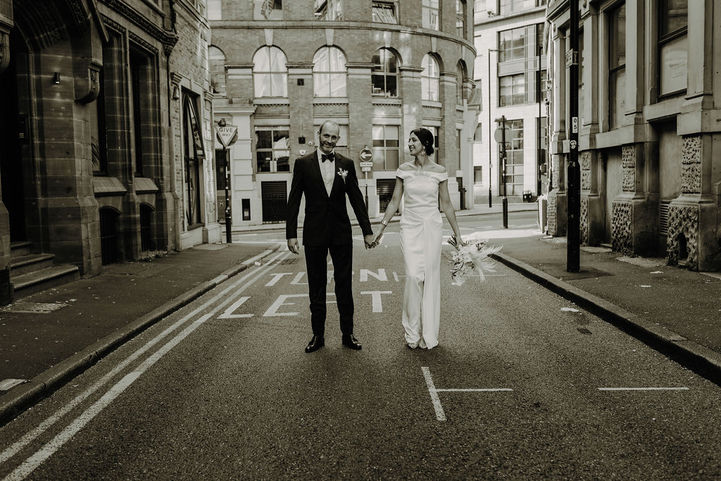 An Intimate City Wedding in Manchester (c) Gail Secker Photography (115)
