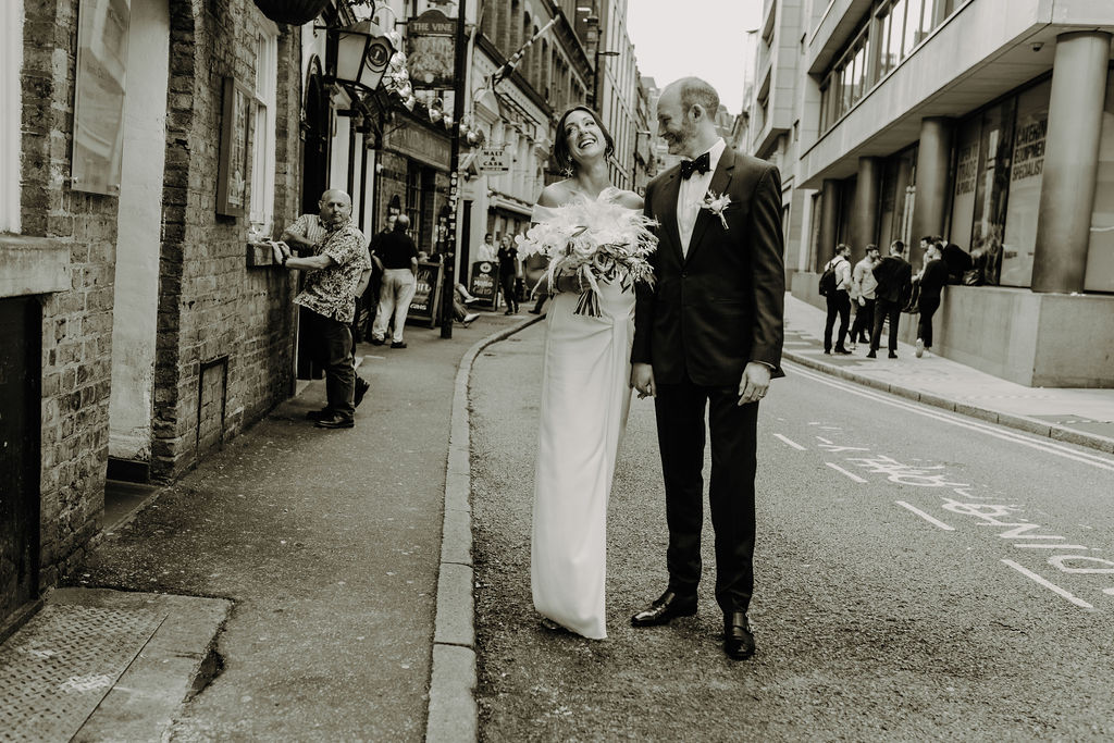 An Intimate City Wedding in Manchester (c) Gail Secker Photography (118)