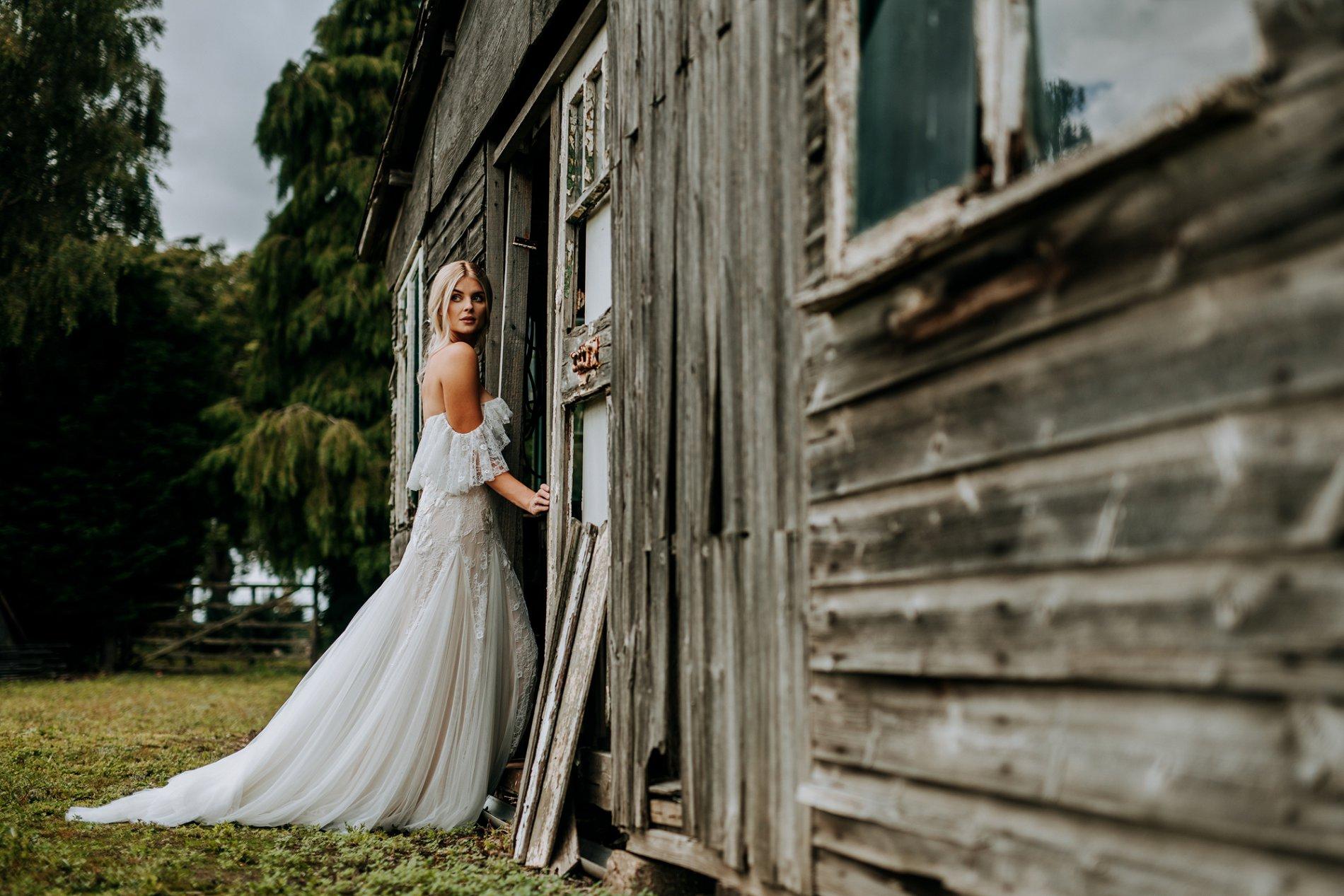 A Creative Elizabeth Lucas Bridal Fashion Editorial in Yorkshire (c) M and G Wedding Photography (17)
