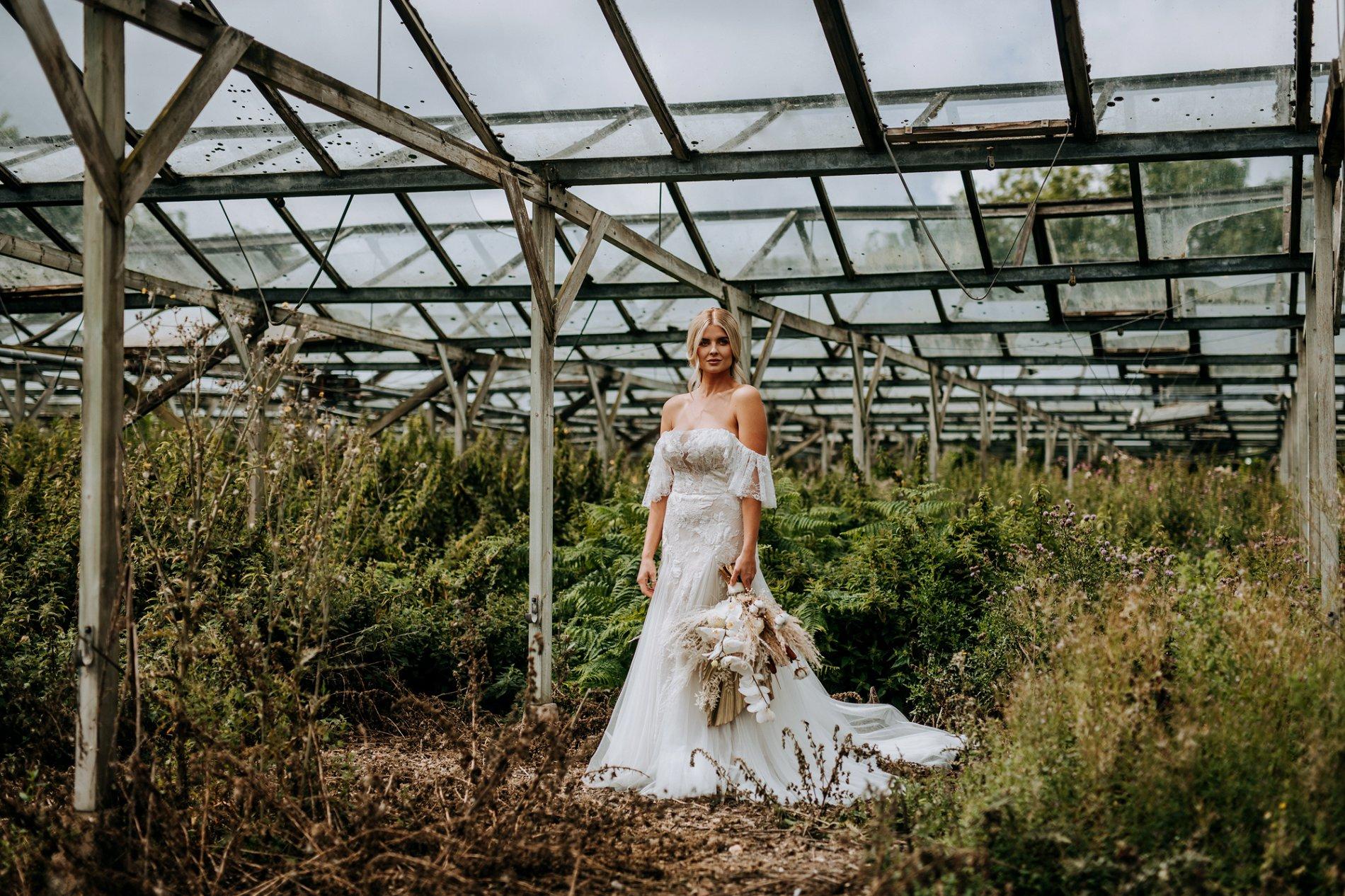 A Creative Elizabeth Lucas Bridal Fashion Editorial in Yorkshire (c) M and G Wedding Photography (6)