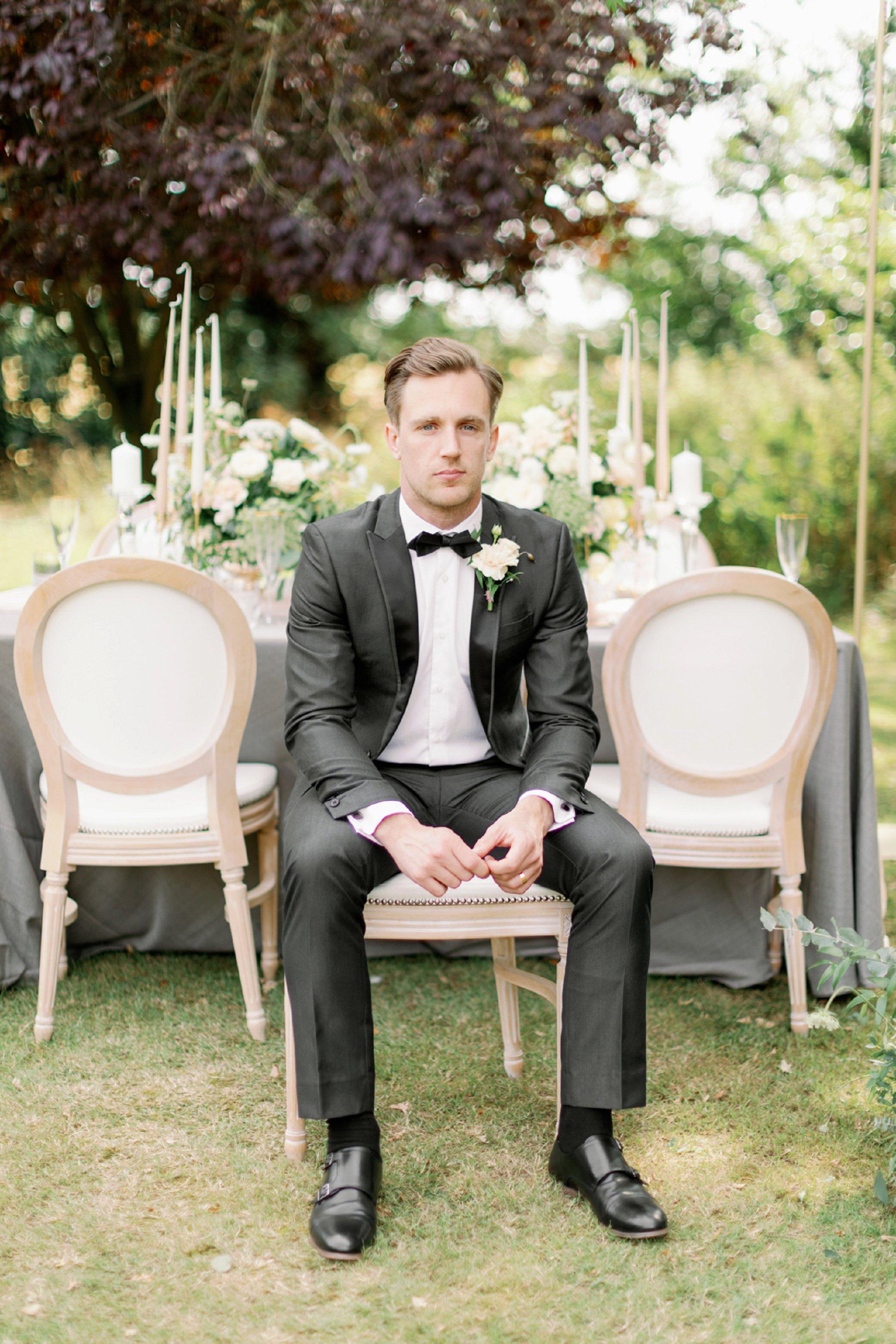 An Elegant Styled Shoot at Baddow Park House (c) Camilla J Hards (24)