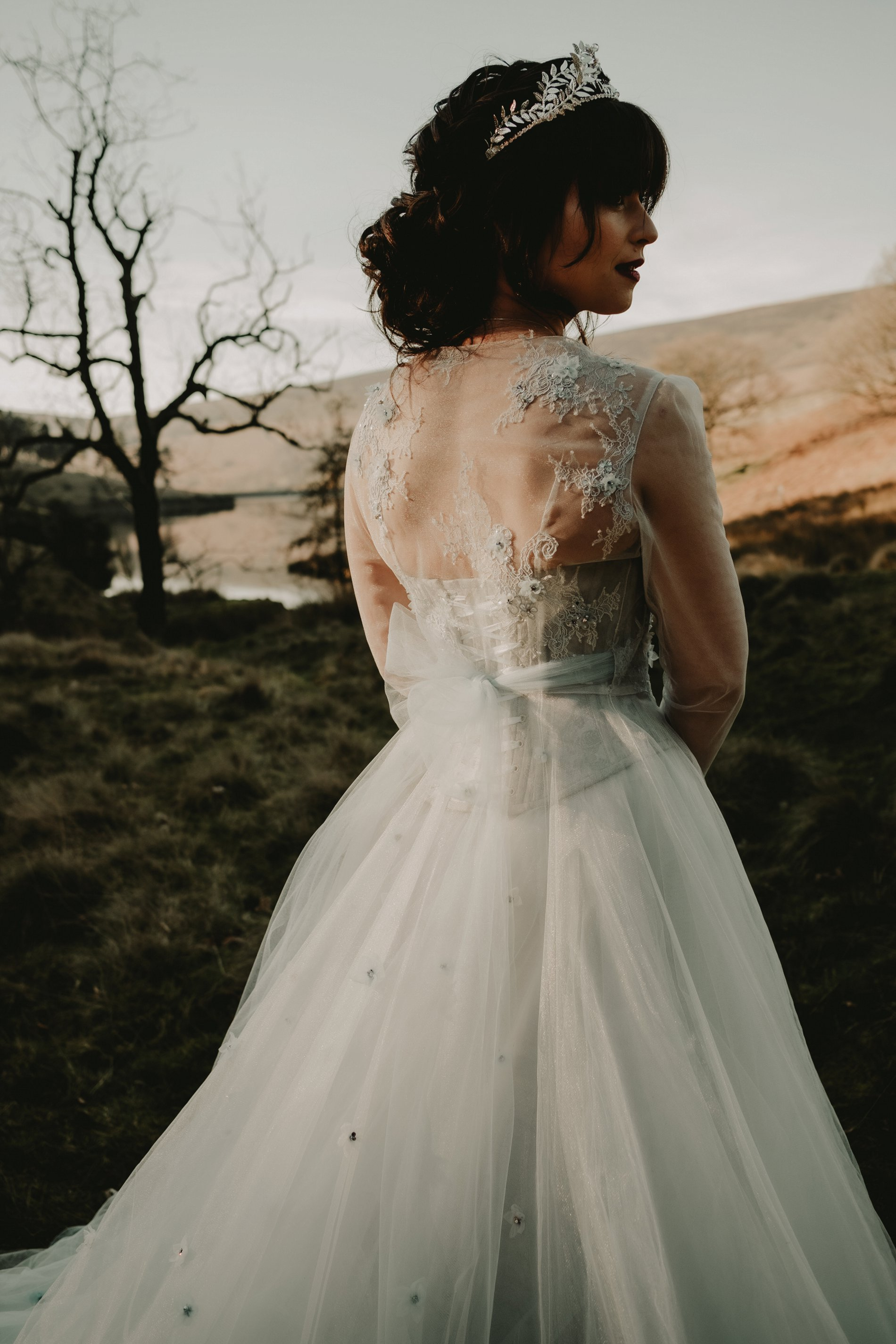 An Ethereal Winter Wedding Styled Shoot (c) Caroline Goosey Photography (18)