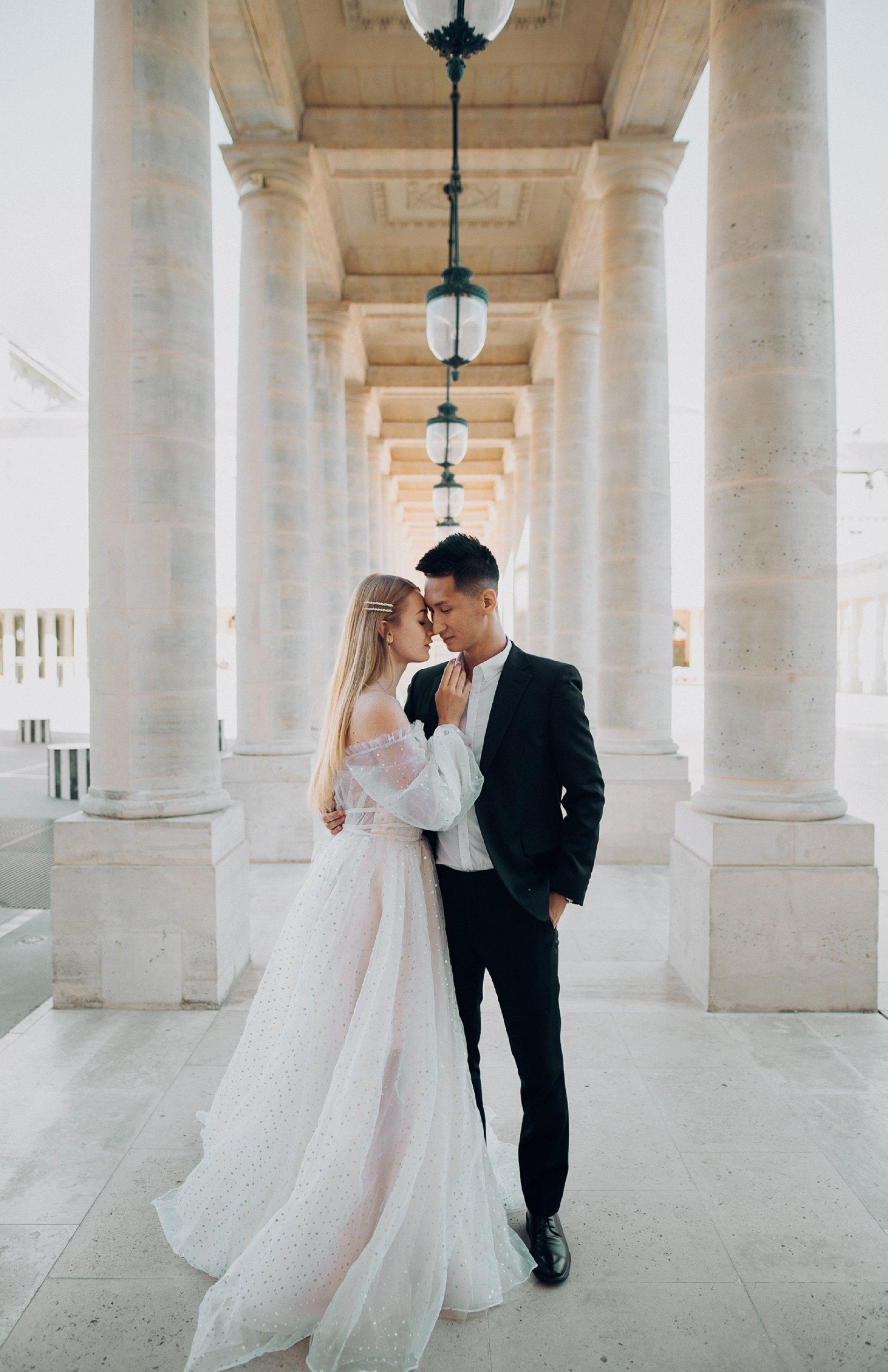 Miss He Bridal Romantic Paris Elopement (c) Xanthe Rowland Photography (19)