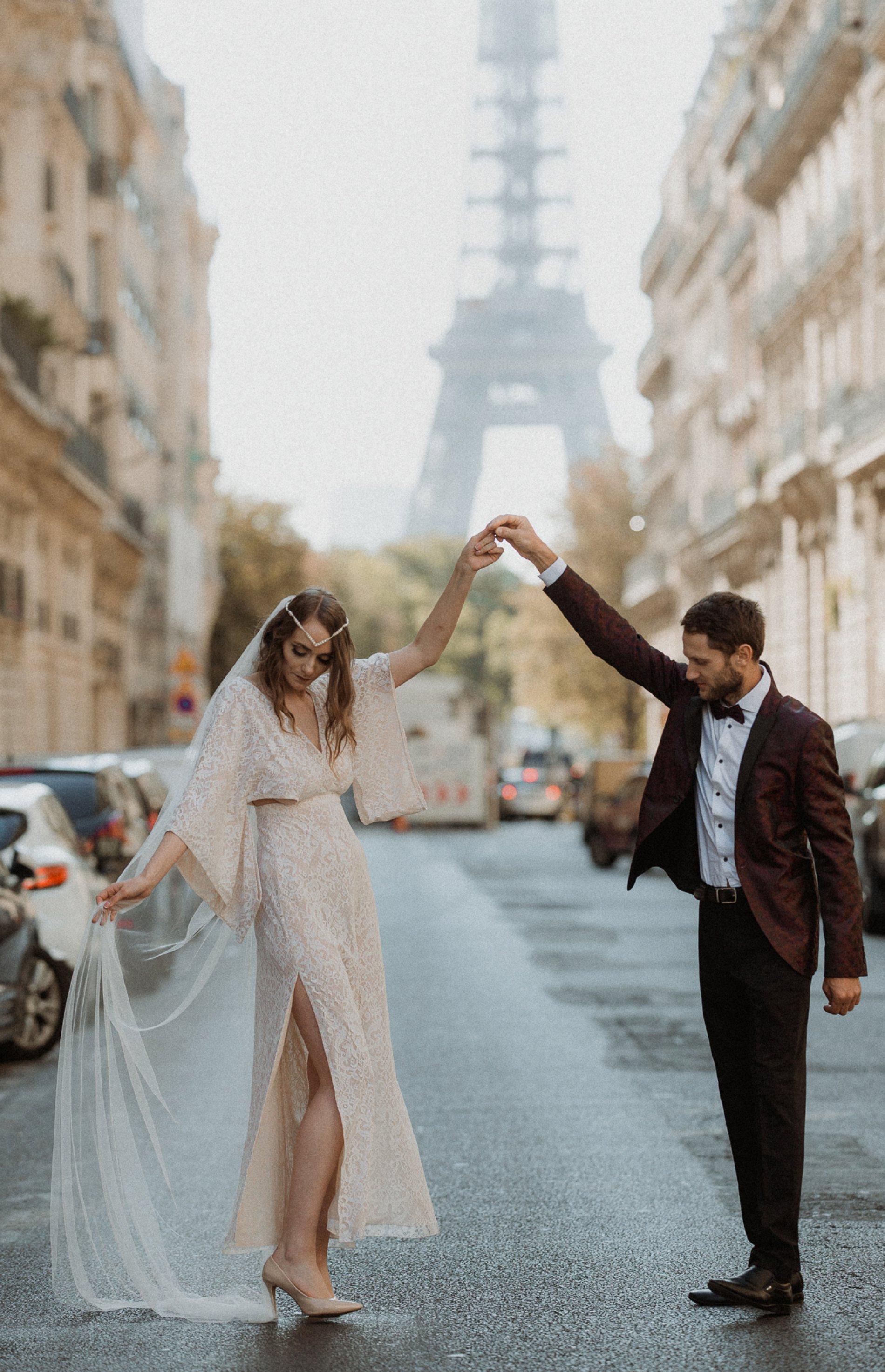 Miss He Bridal Romantic Paris Elopement (c) Xanthe Rowland Photography (2)