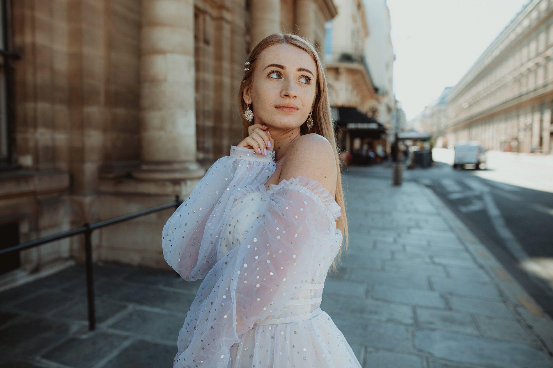 Miss He Bridal Romantic Paris Elopement (c) Xanthe Rowland Photography (21)