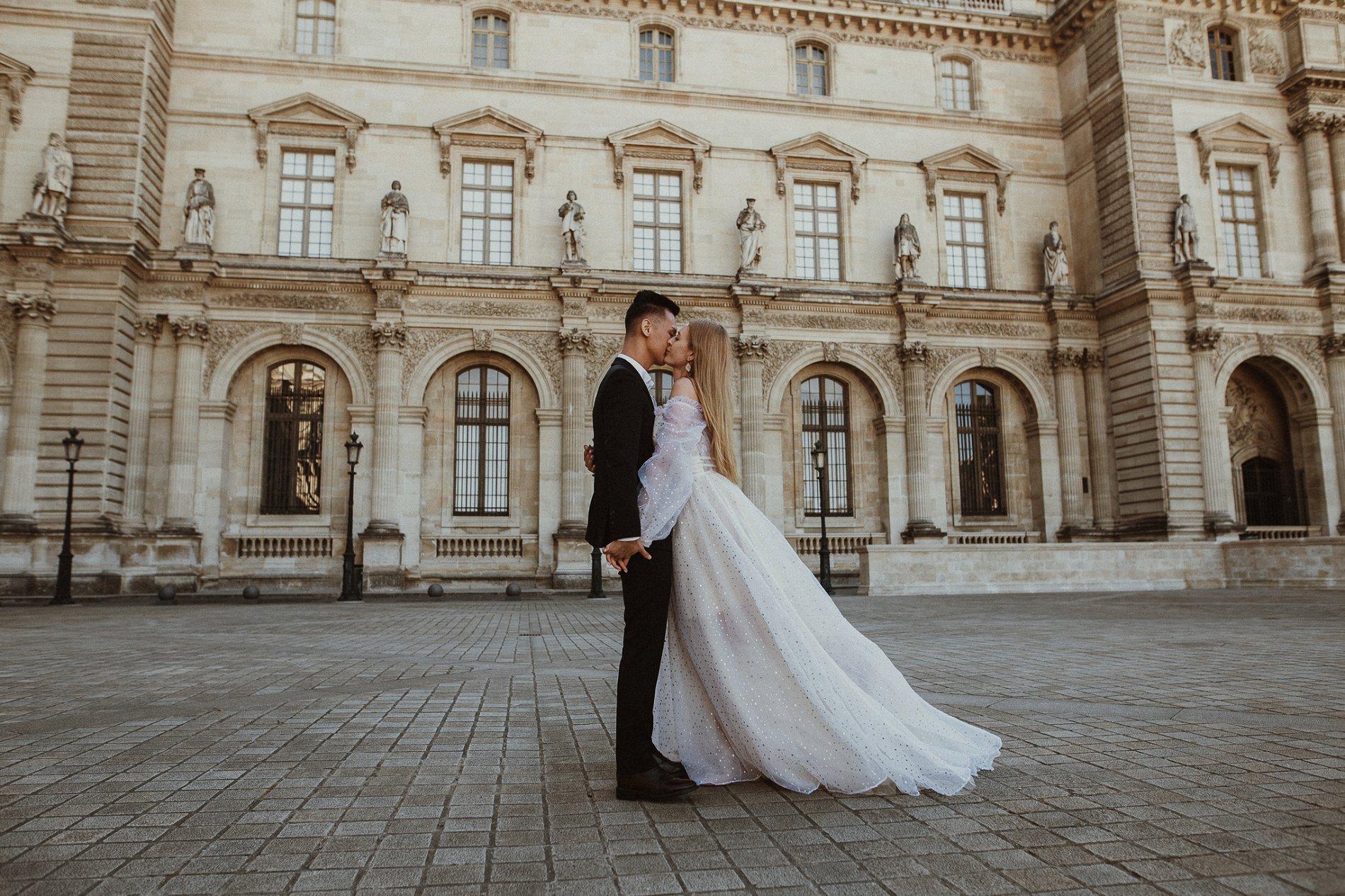 Miss He Bridal Romantic Paris Elopement (c) Xanthe Rowland Photography (24)