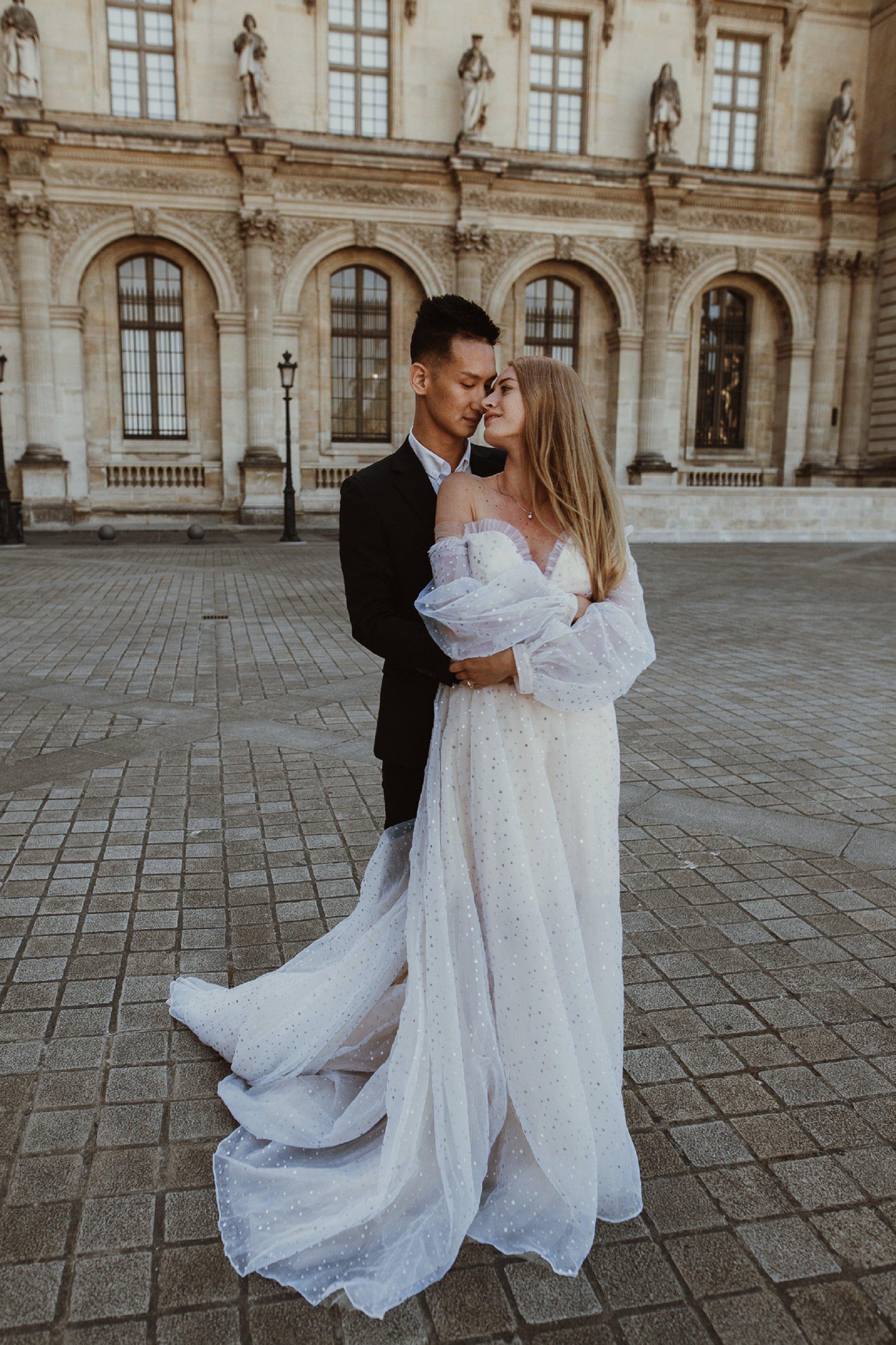 Miss He Bridal Romantic Paris Elopement (c) Xanthe Rowland Photography (25)