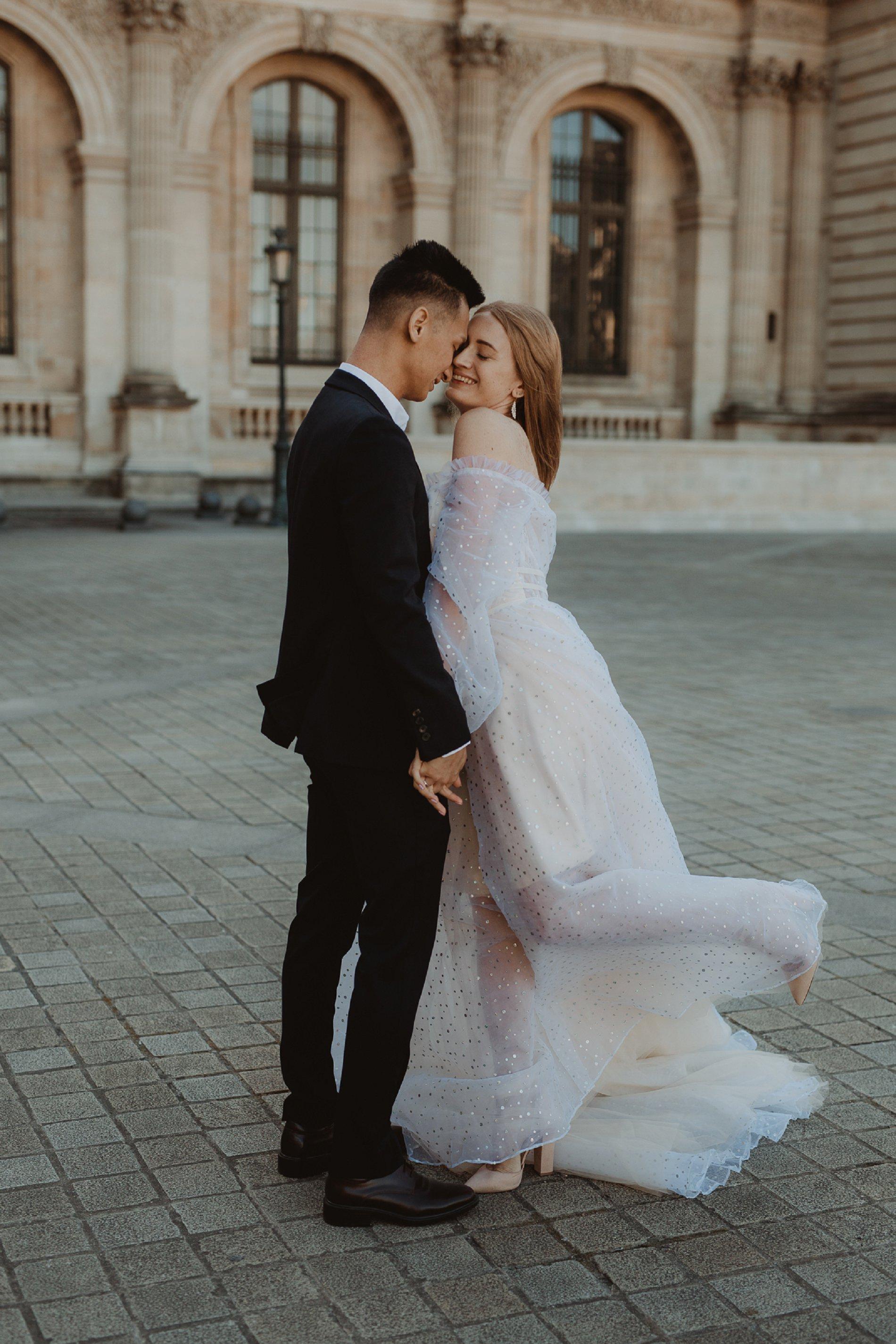 Miss He Bridal Romantic Paris Elopement (c) Xanthe Rowland Photography (28)