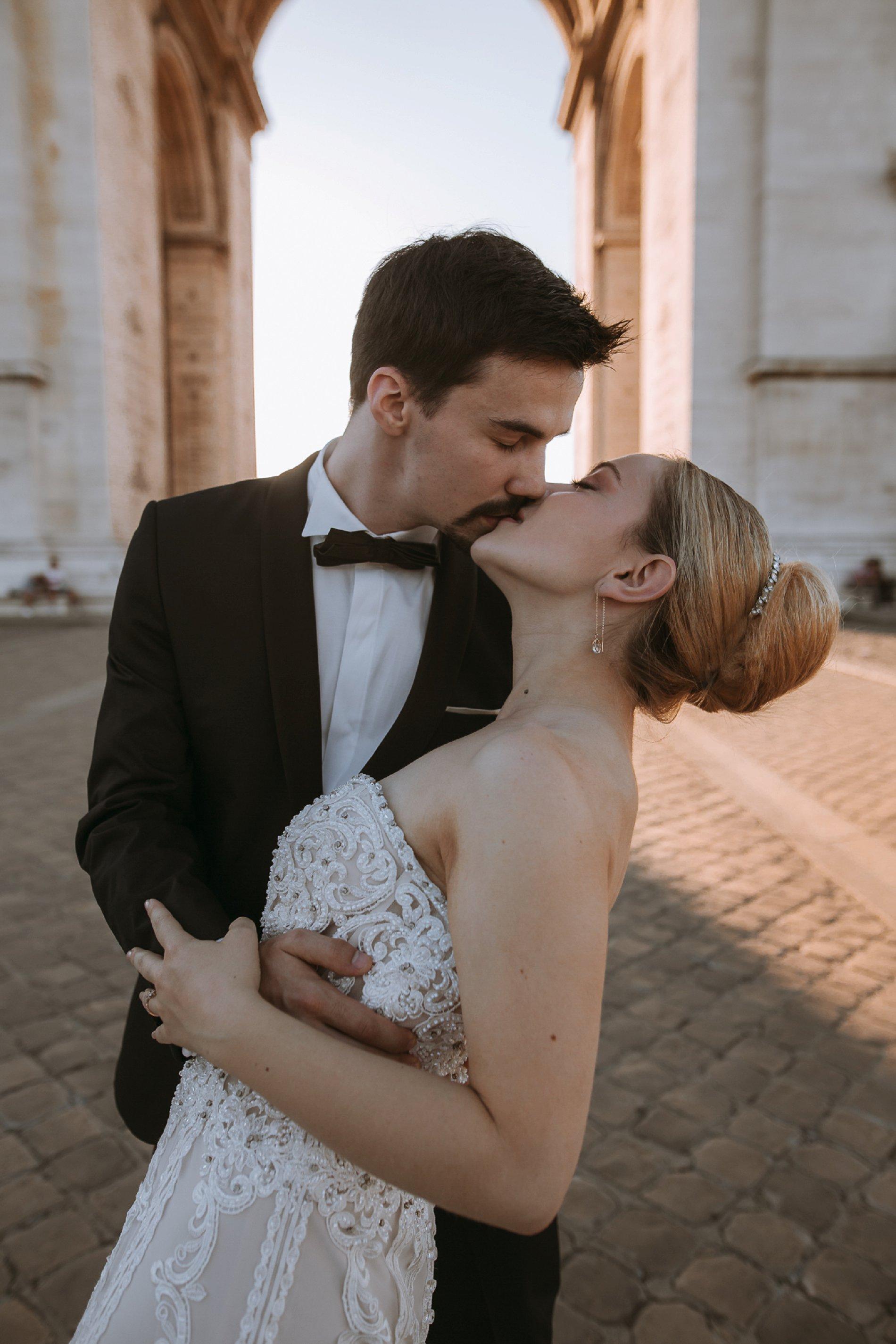 Miss He Bridal Romantic Paris Elopement (c) Xanthe Rowland Photography (38)