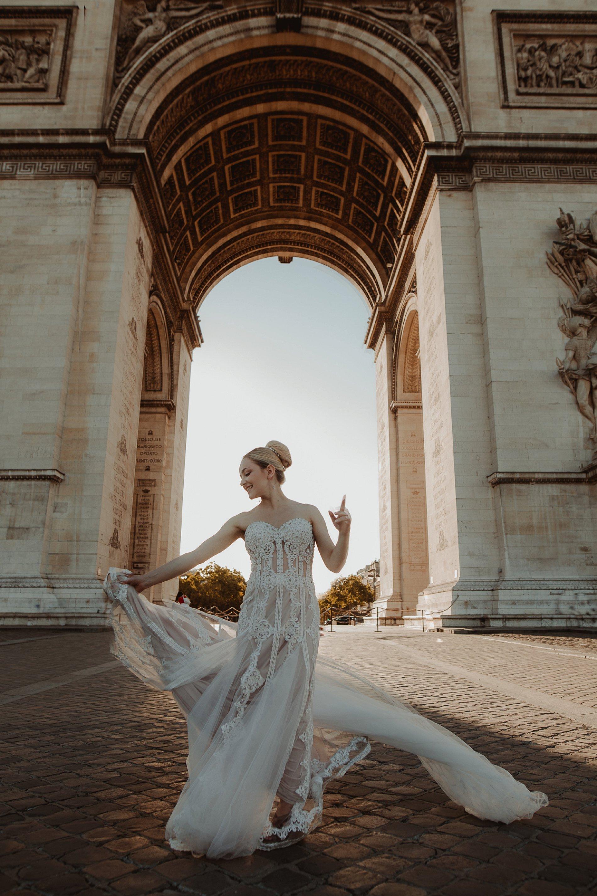 Miss He Bridal Romantic Paris Elopement (c) Xanthe Rowland Photography (40)