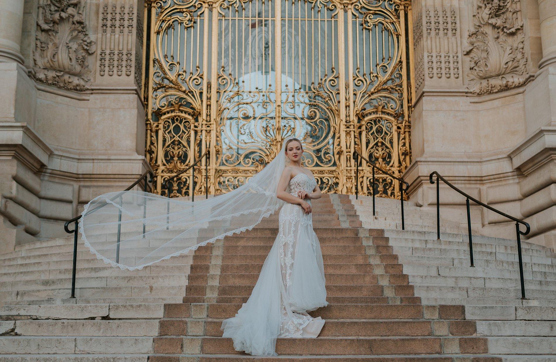 Miss He Bridal Romantic Paris Elopement (c) Xanthe Rowland Photography (42)