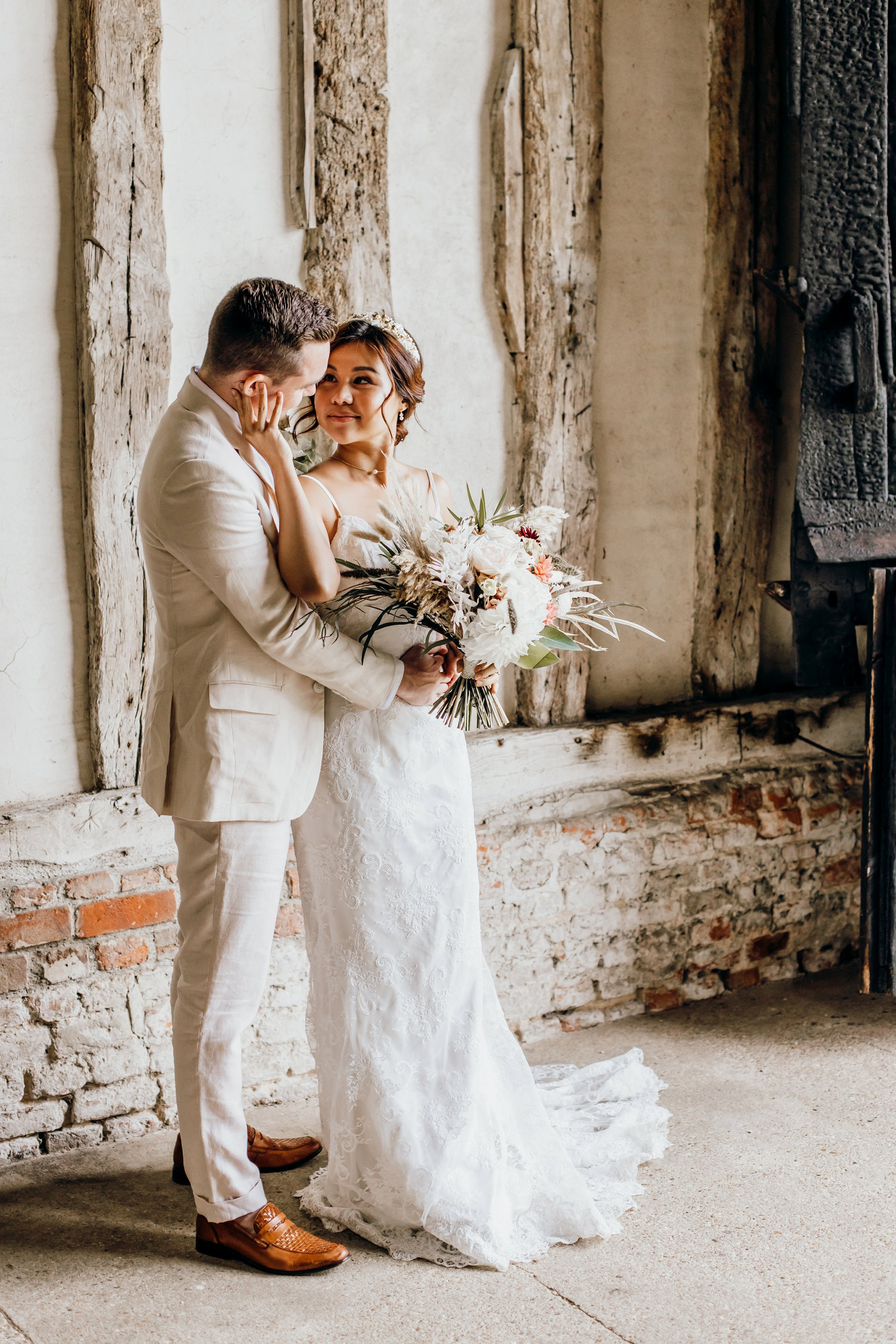 A Golden Boho Wedding Shoot at Cressing Temple Barns (c) Kate Boston Photography (12)