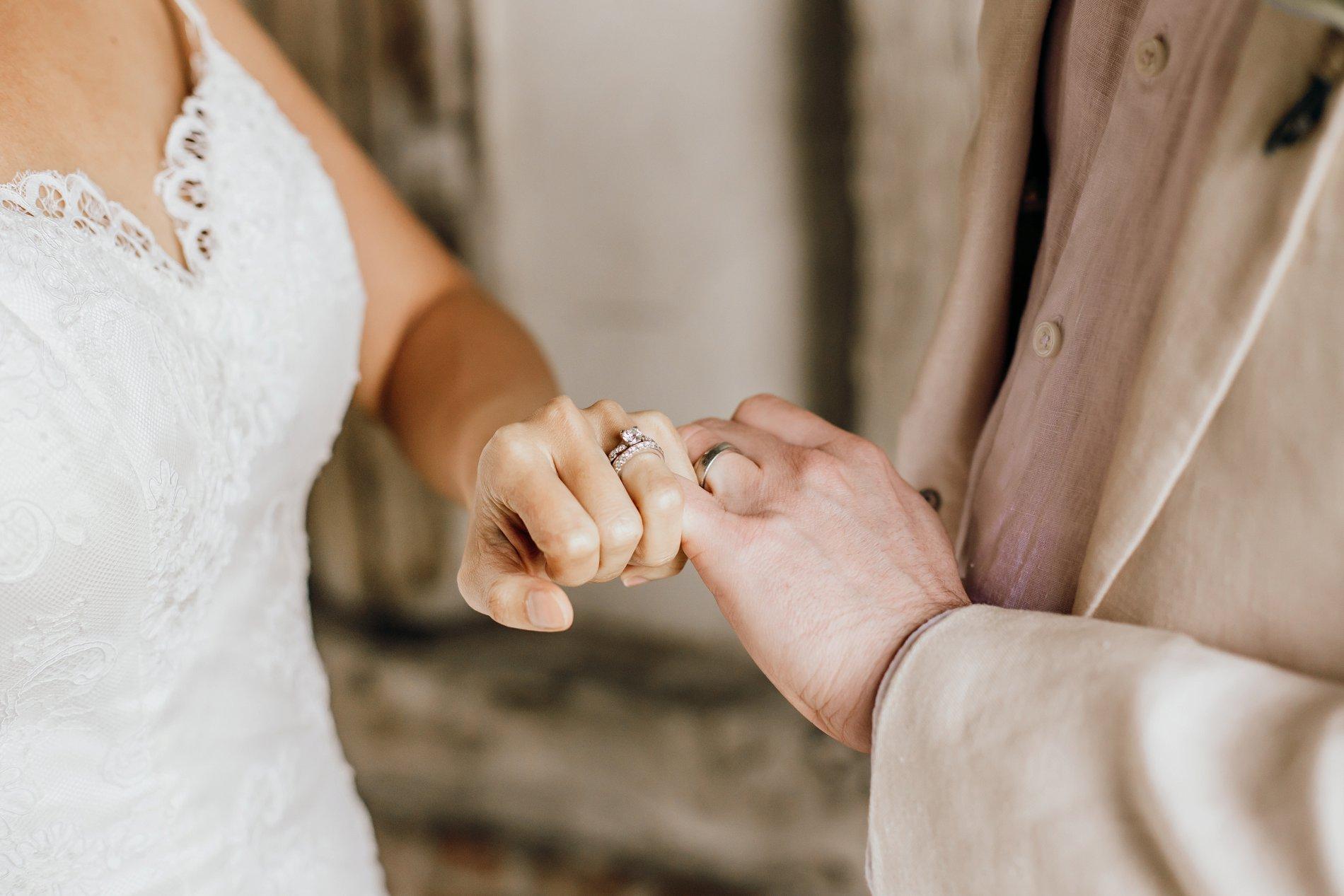 A Golden Boho Wedding Shoot at Cressing Temple Barns (c) Kate Boston Photography (14)