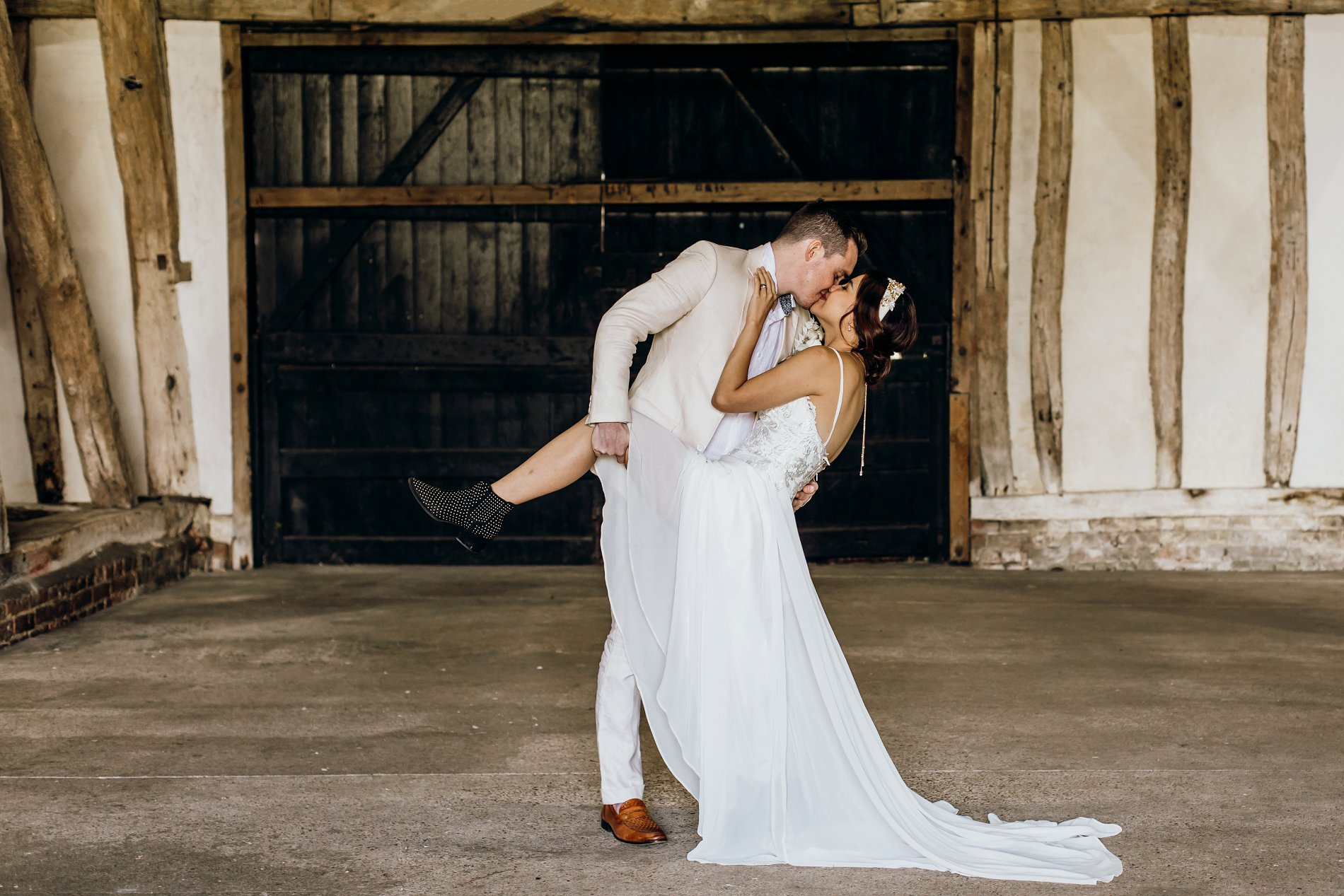A Golden Boho Wedding Shoot at Cressing Temple Barns (c) Kate Boston Photography (29)