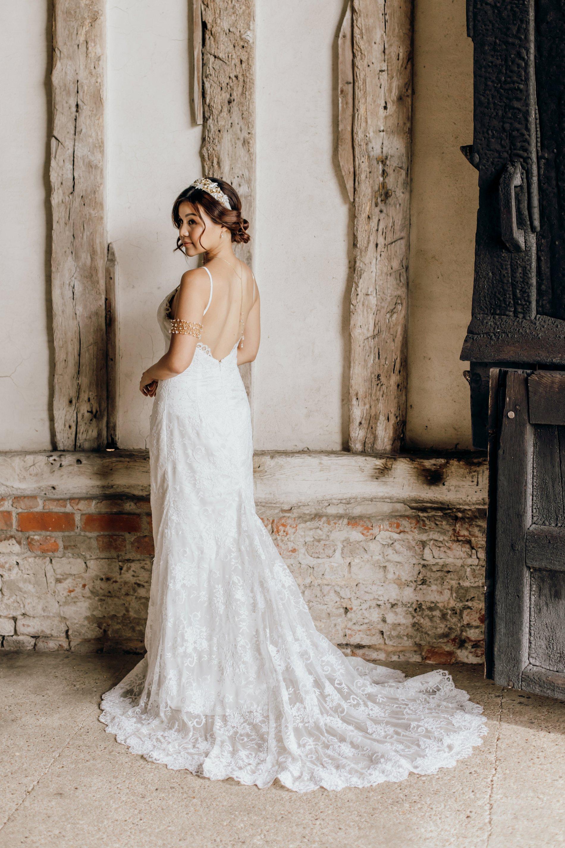 A Golden Boho Wedding Shoot at Cressing Temple Barns (c) Kate Boston Photography (7)