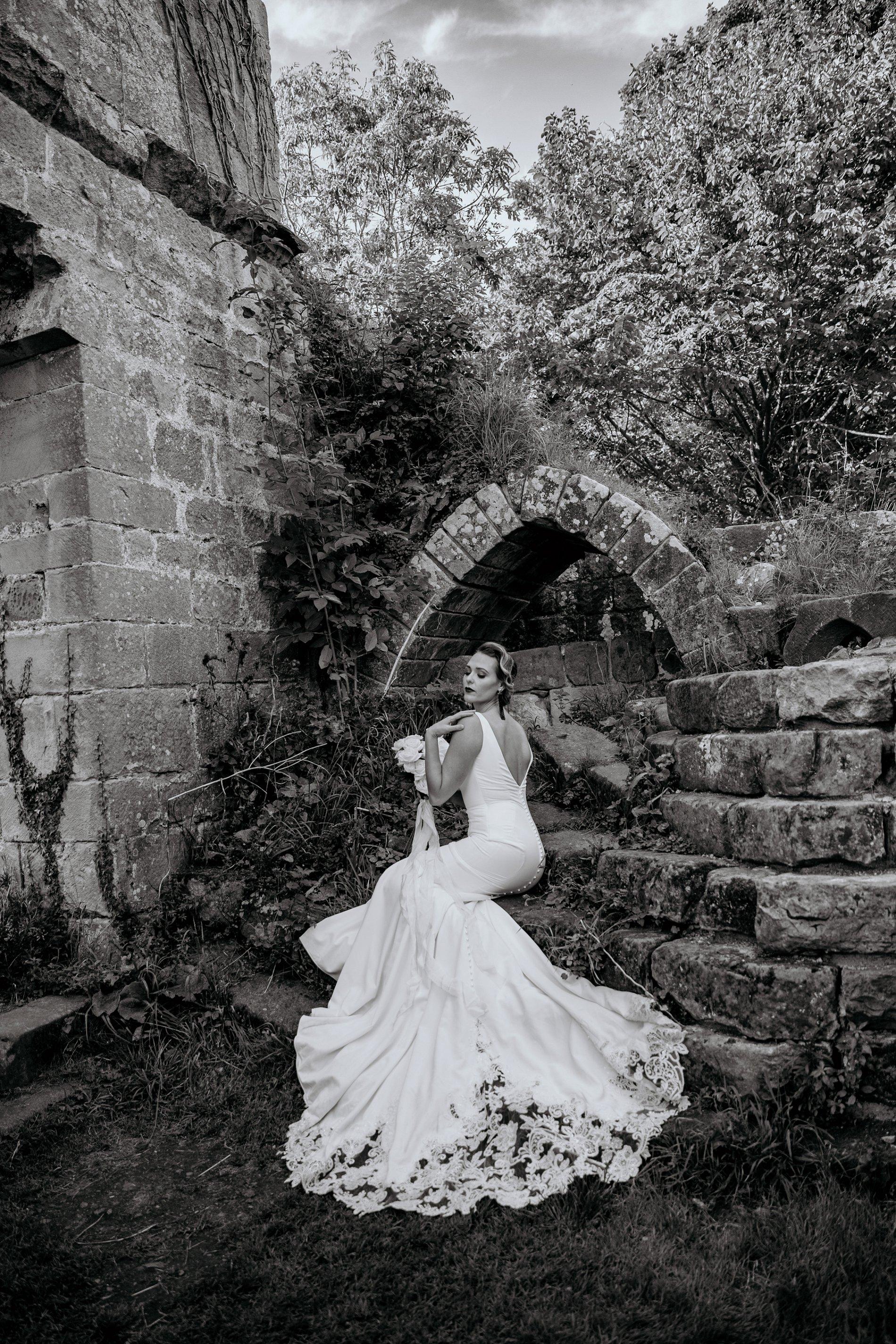 An Elegant Wedding Shoot at Jervaulx Abbey (c) Natalie Hamilton Photography (25)