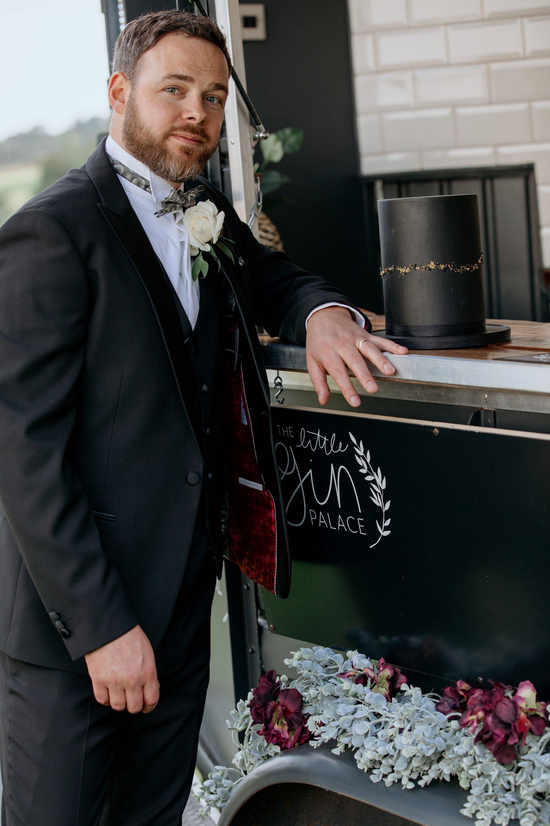 An Elegant Wedding Shoot at Jervaulx Abbey (c) Natalie Hamilton Photography (27)