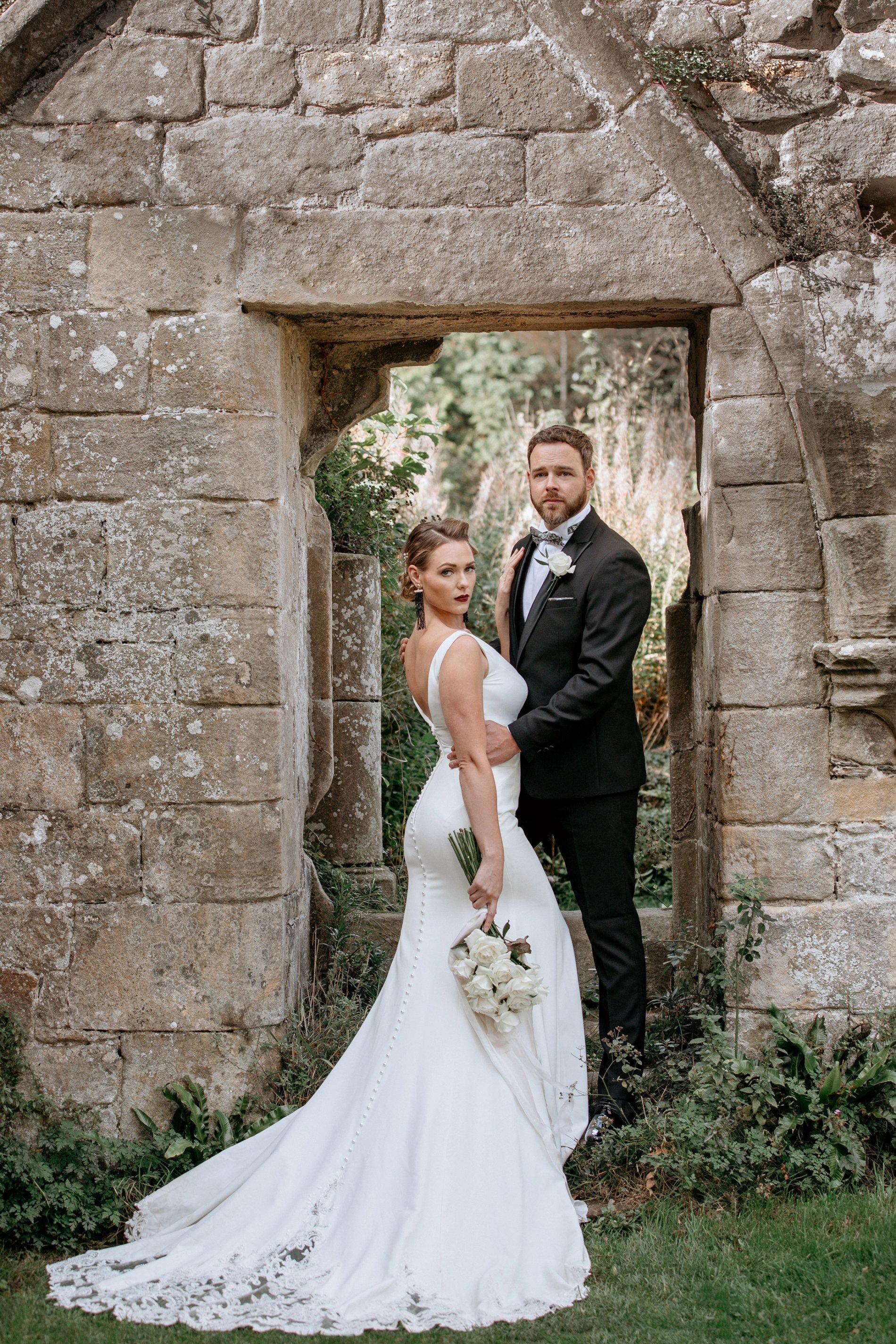An Elegant Wedding Shoot at Jervaulx Abbey (c) Natalie Hamilton Photography (3)