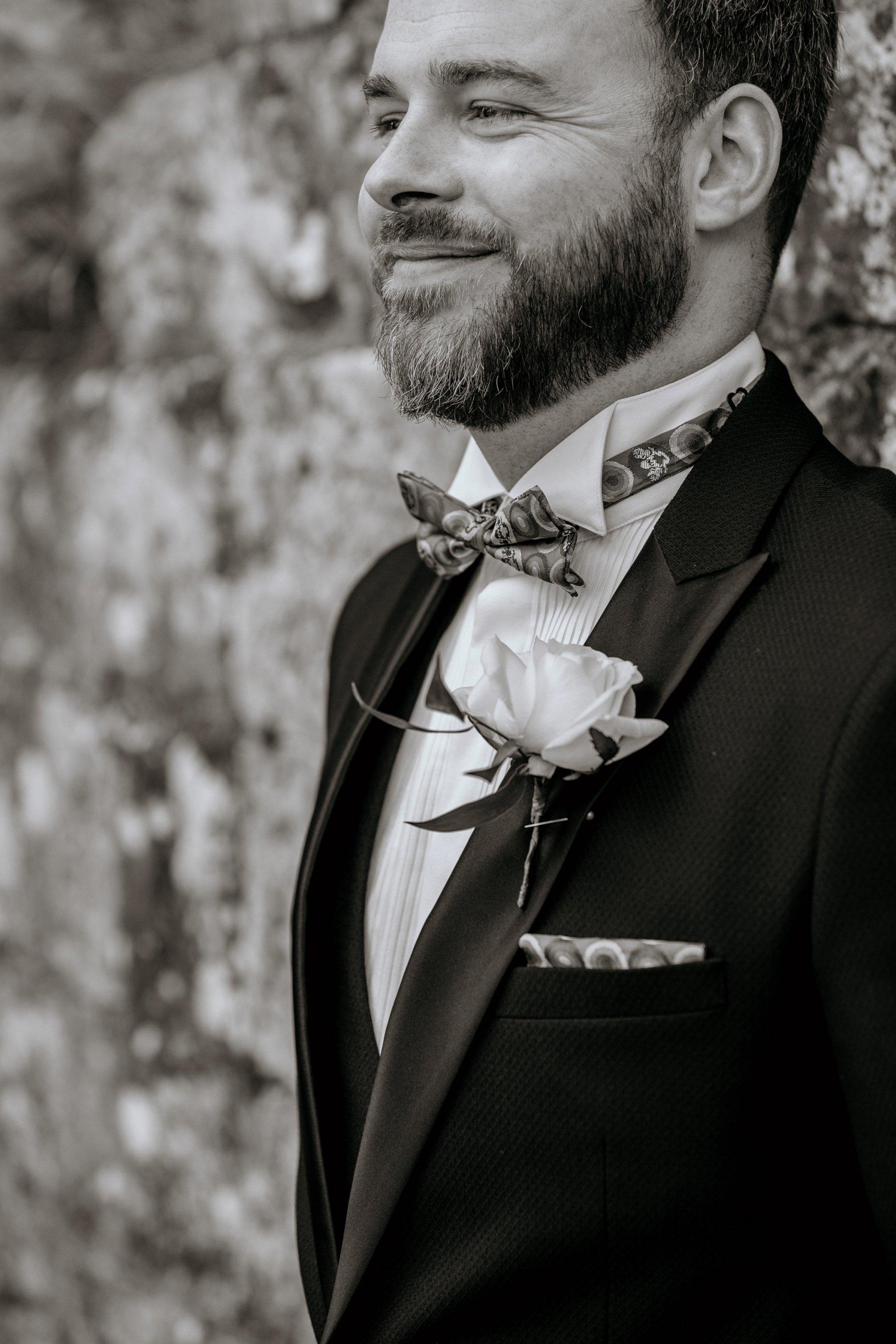 An Elegant Wedding Shoot at Jervaulx Abbey (c) Natalie Hamilton Photography (32)