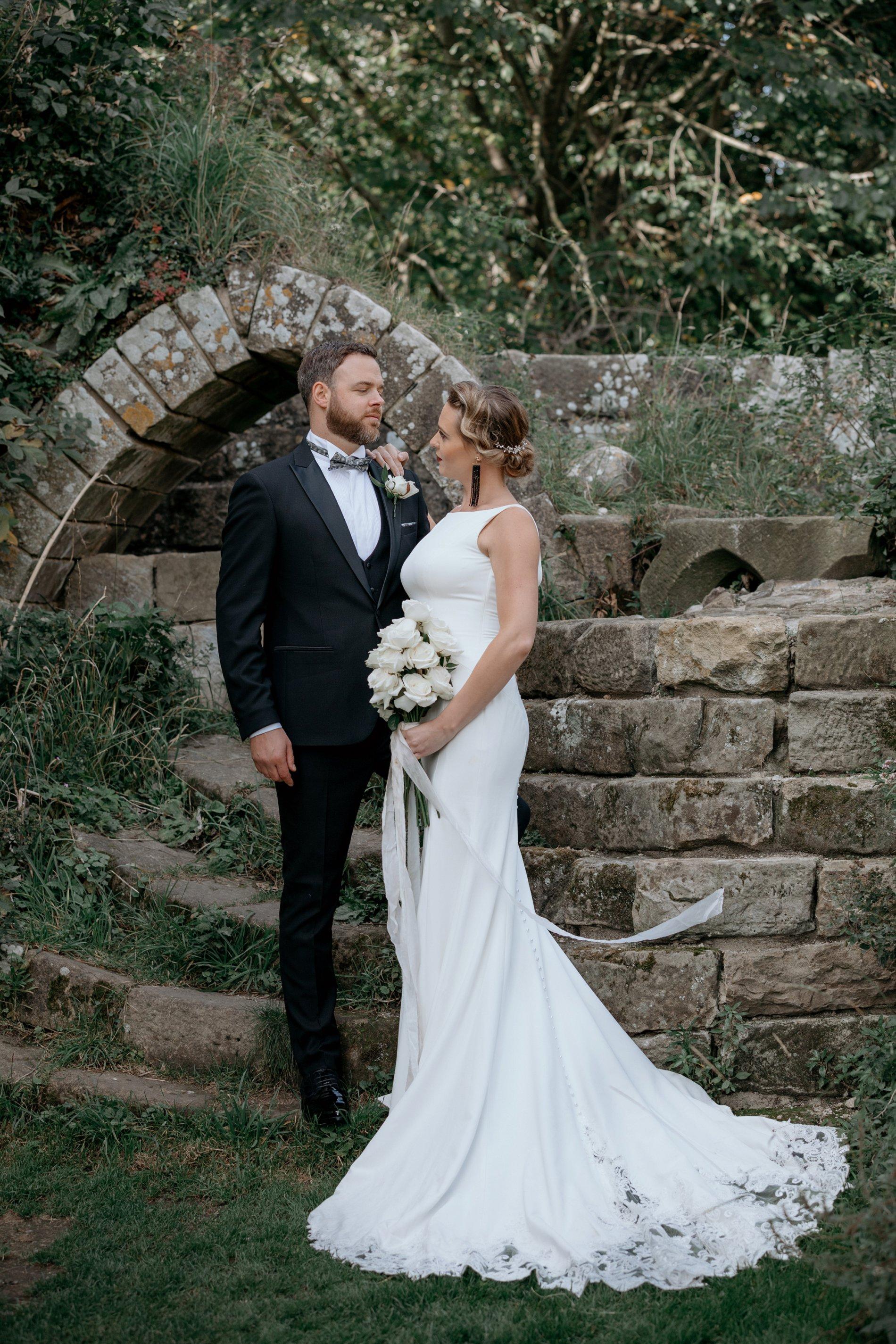 An Elegant Wedding Shoot at Jervaulx Abbey (c) Natalie Hamilton Photography (9)