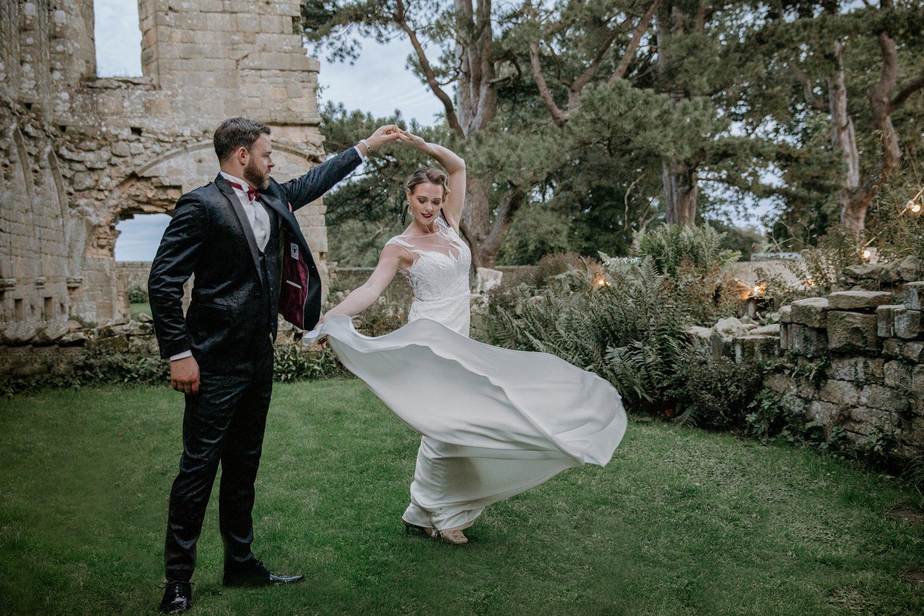 An Elegant Wedding Shoot at Jervaulx Abbey (c) Natalie Hamilton Photography (95)