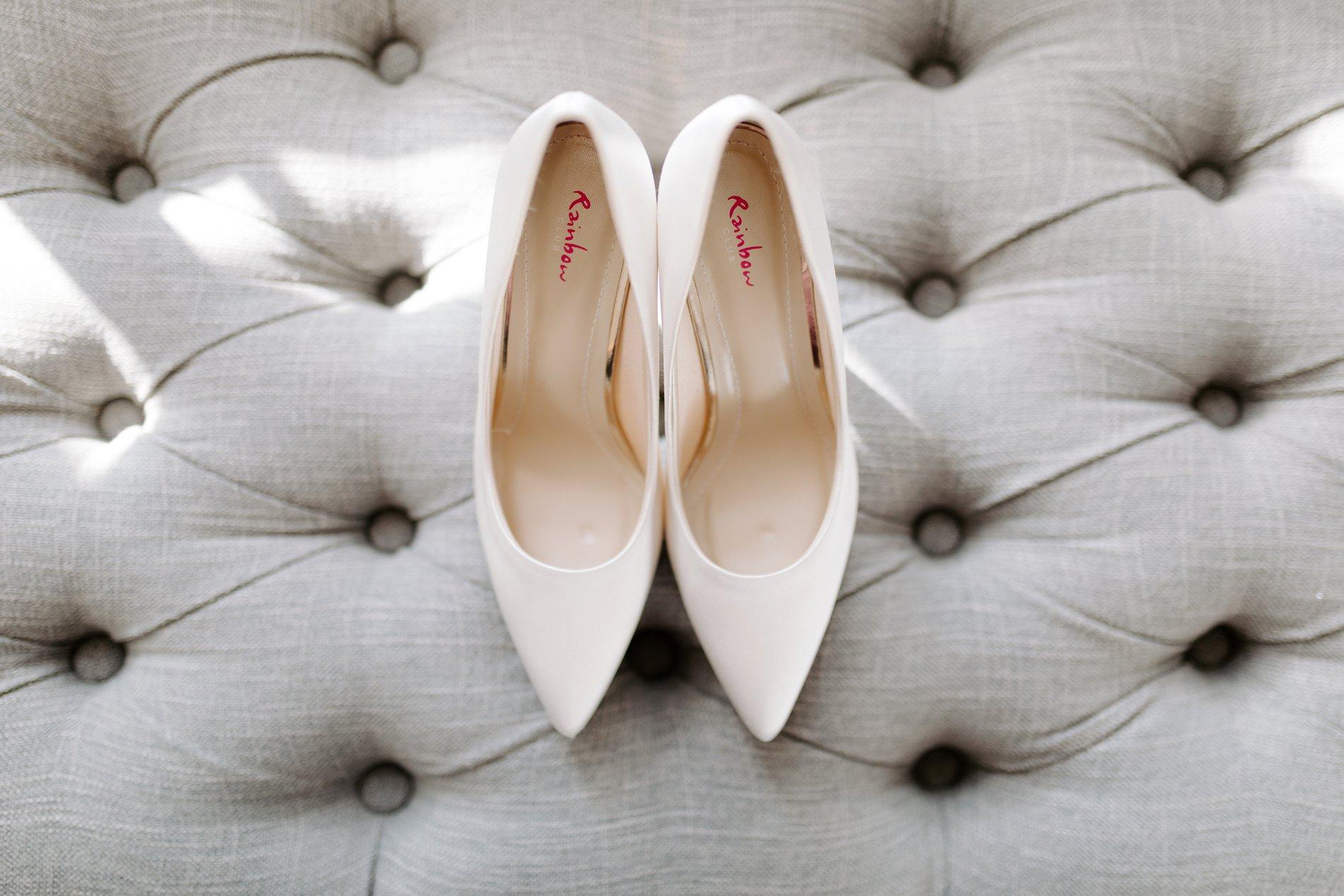 An Elegant White Wedding at Thicket Priory (c) Carla Whittingham Photography (16)