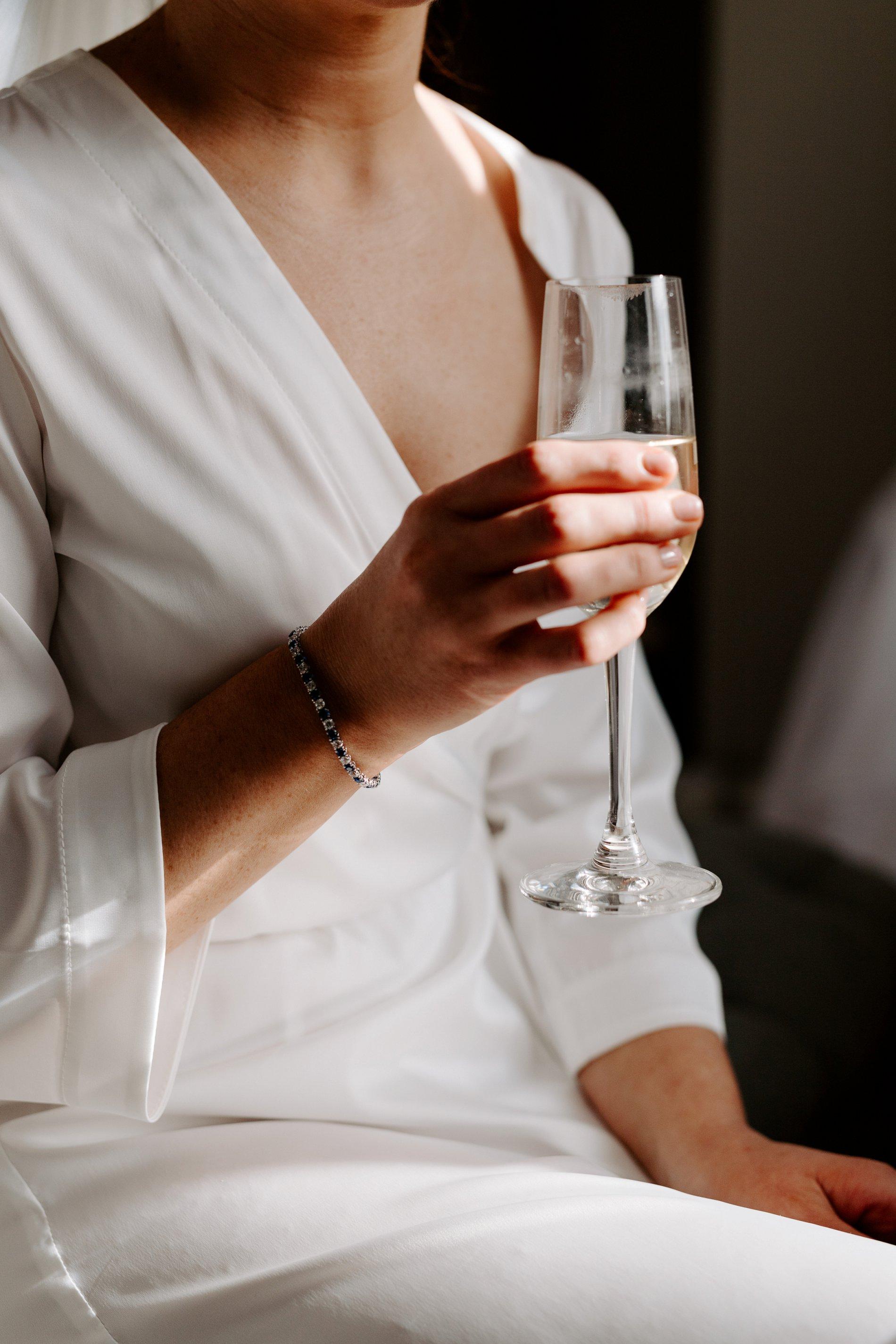 An Elegant White Wedding at Thicket Priory (c) Carla Whittingham Photography (23)