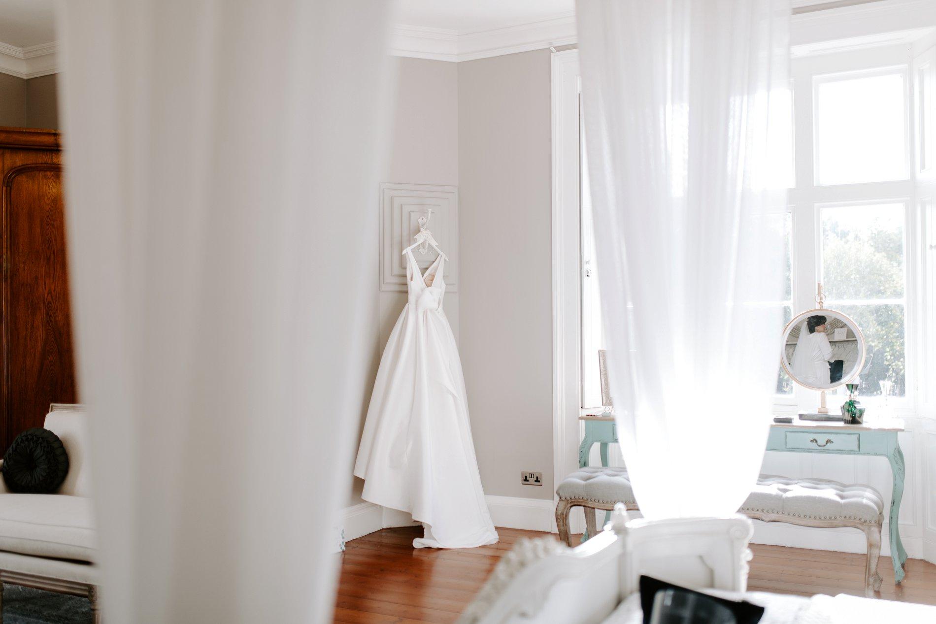 An Elegant White Wedding at Thicket Priory (c) Carla Whittingham Photography (25)