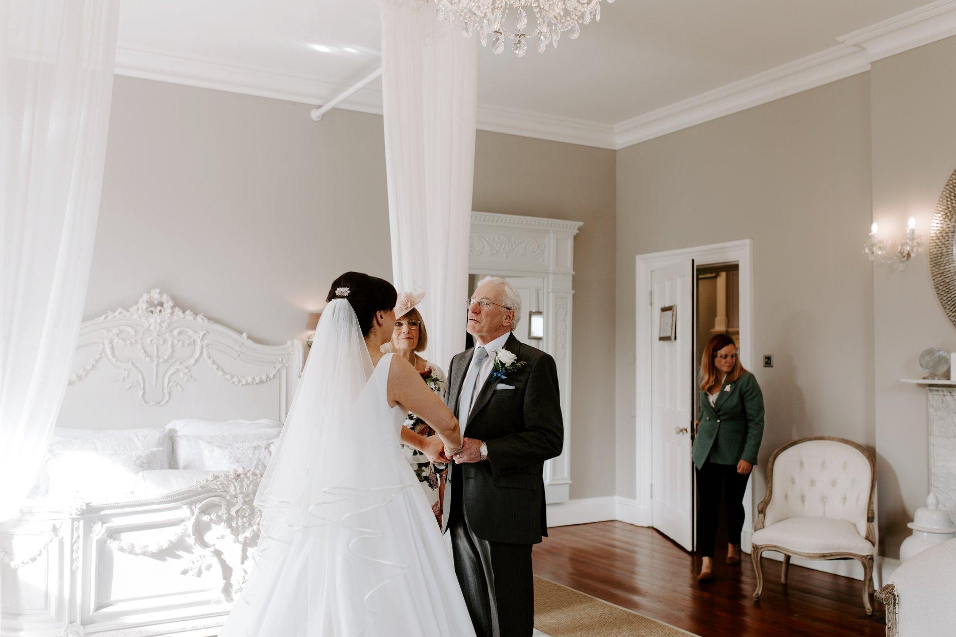 An Elegant White Wedding at Thicket Priory (c) Carla Whittingham Photography (28)