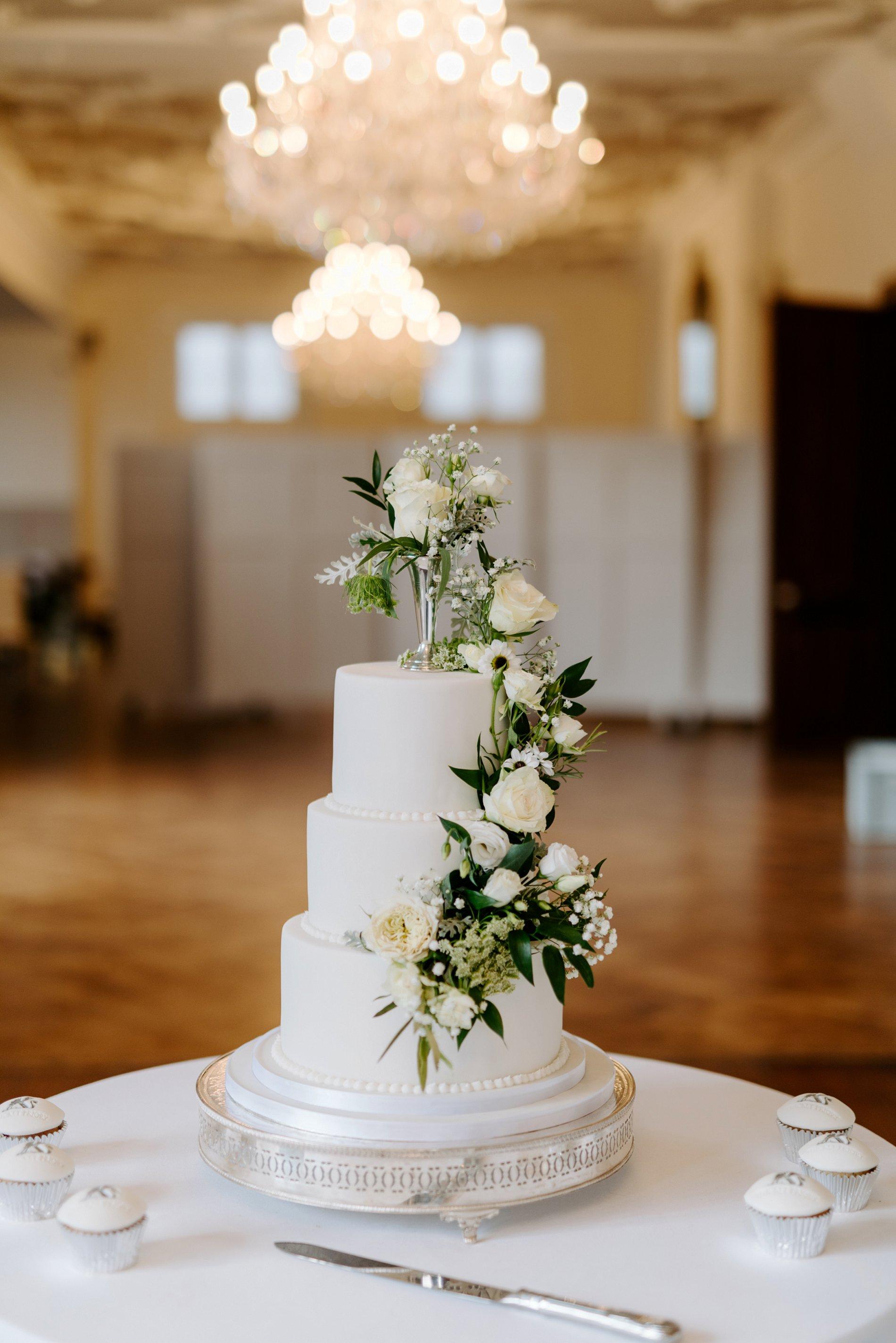 An Elegant White Wedding at Thicket Priory (c) Carla Whittingham Photography (48)