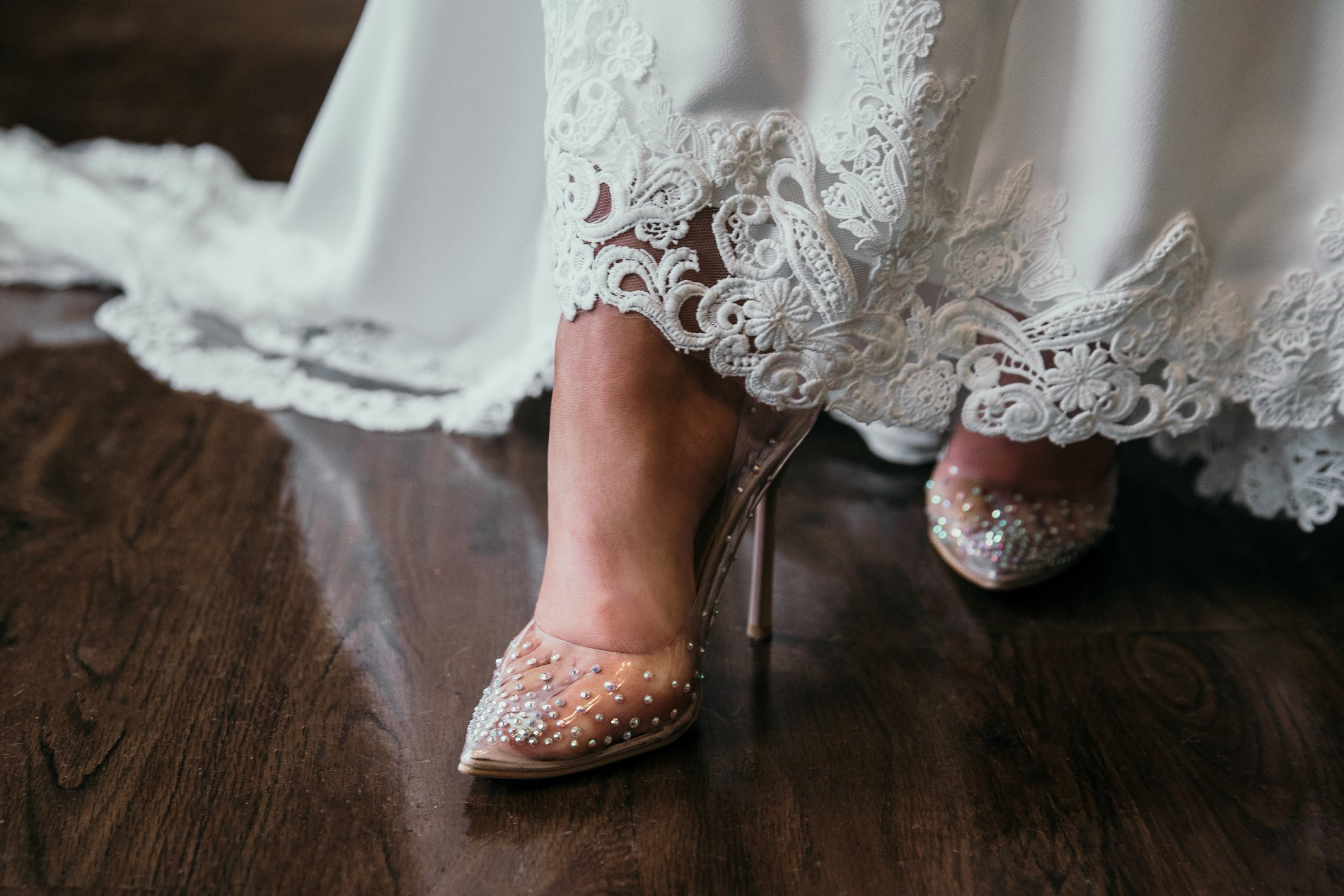 A Black Tie Wedding Creative Shoot at Saltmarshe Hall (c) Natalie Hamilton Photography (28)