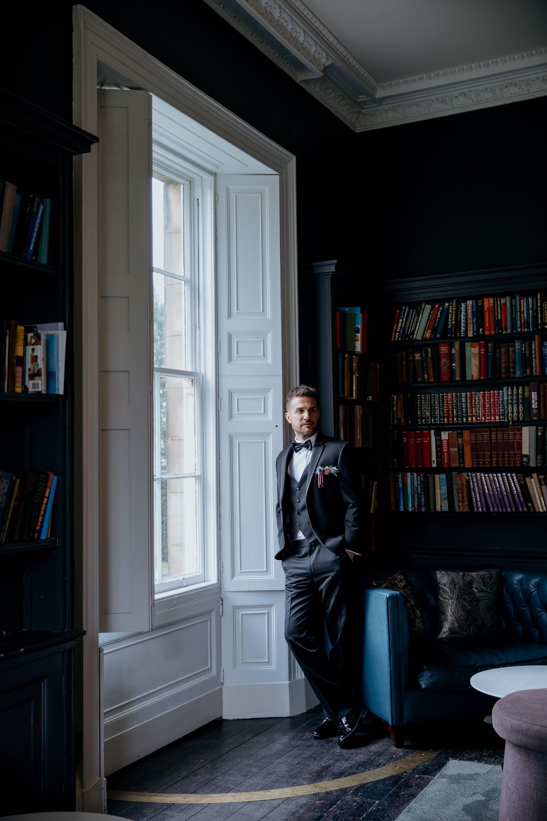 A Black Tie Wedding Creative Shoot at Saltmarshe Hall (c) Natalie Hamilton Photography (32)