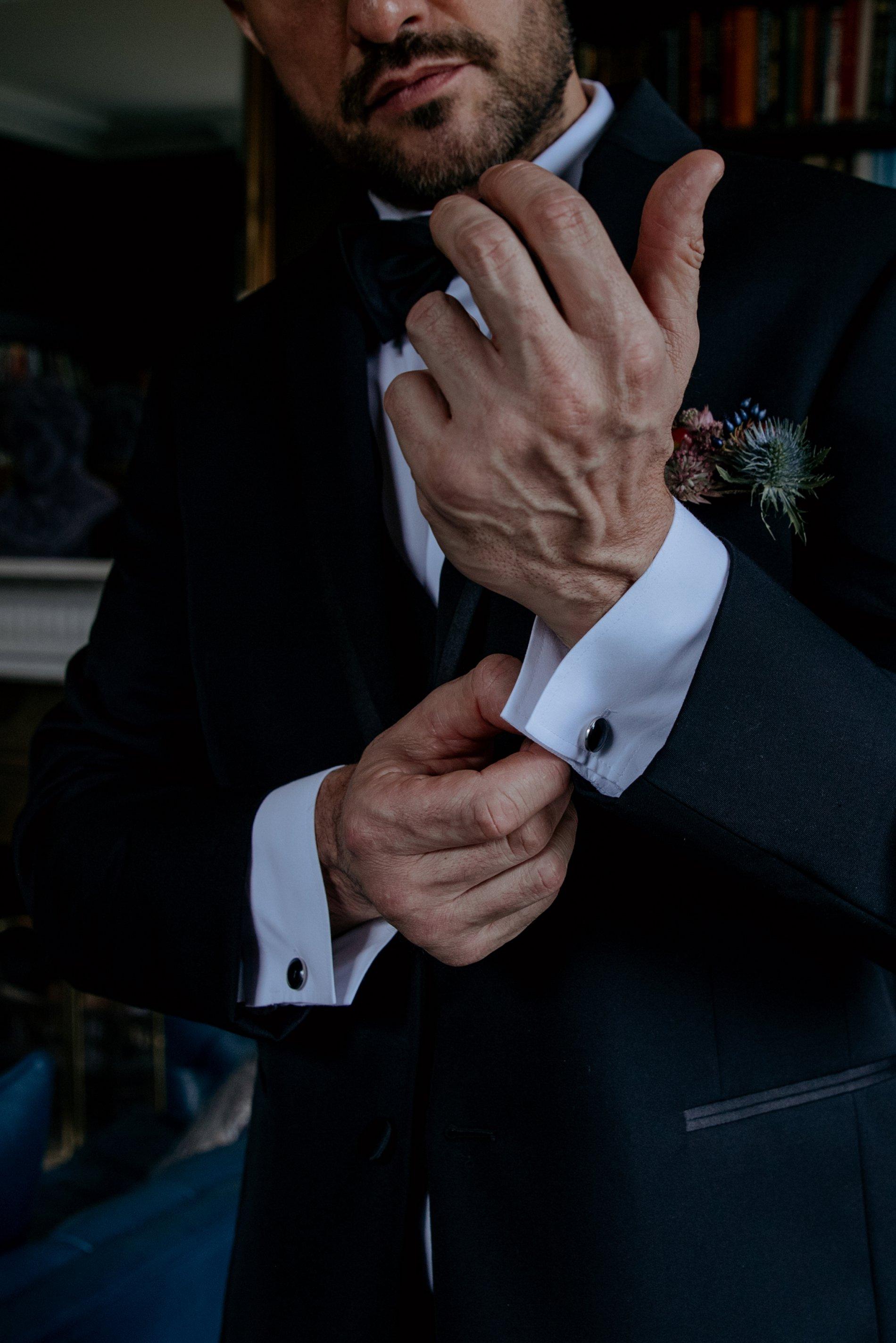 A Black Tie Wedding Creative Shoot at Saltmarshe Hall (c) Natalie Hamilton Photography (33)